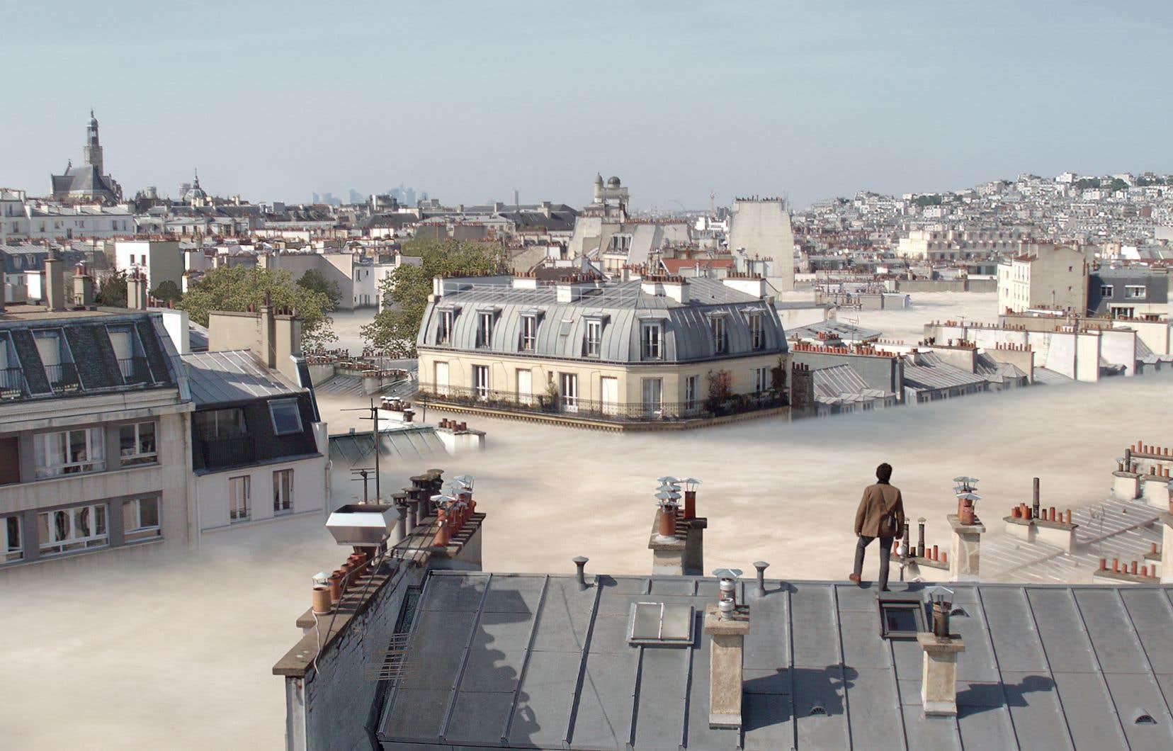 Le Mathieu de «Dans la brume», incarné par l'acteur, fait partie des rares survivants d'une catastrophe mystérieuse: un brouillard épais et mortel a envahi les rues de la capitale française, forçant les rescapés à prendre de la hauteur.