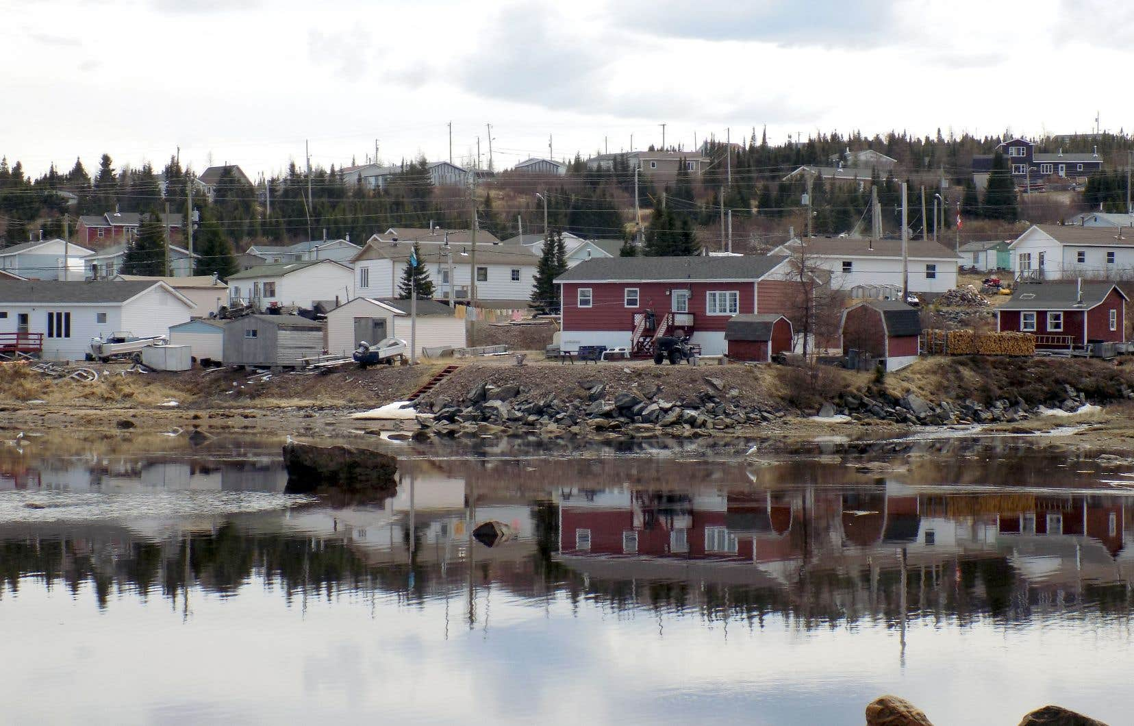 Vue de l'eau de la communauté côtière deRigolet