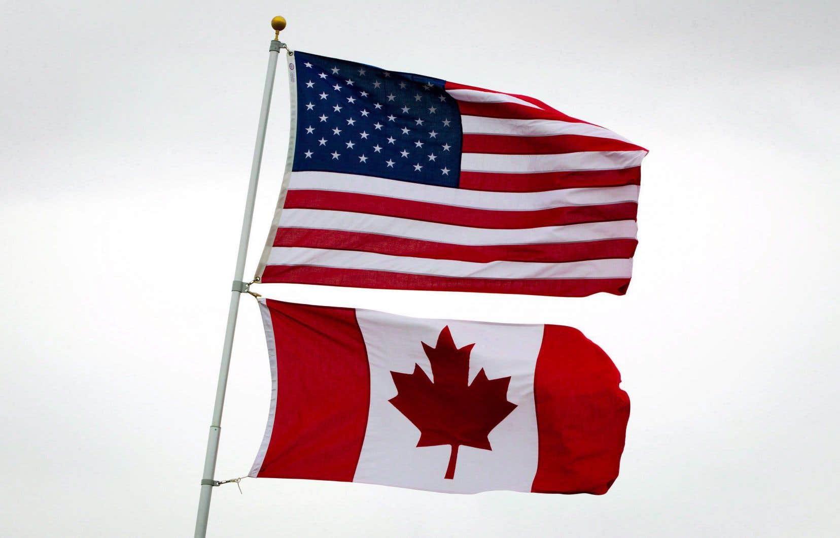 Le retour des vacanciers québécois constitue l'un des week-ends les plus achalandés de l'année pour les services frontaliers, notamment à la douane de Saint-Bernard-de-Lacolle.
