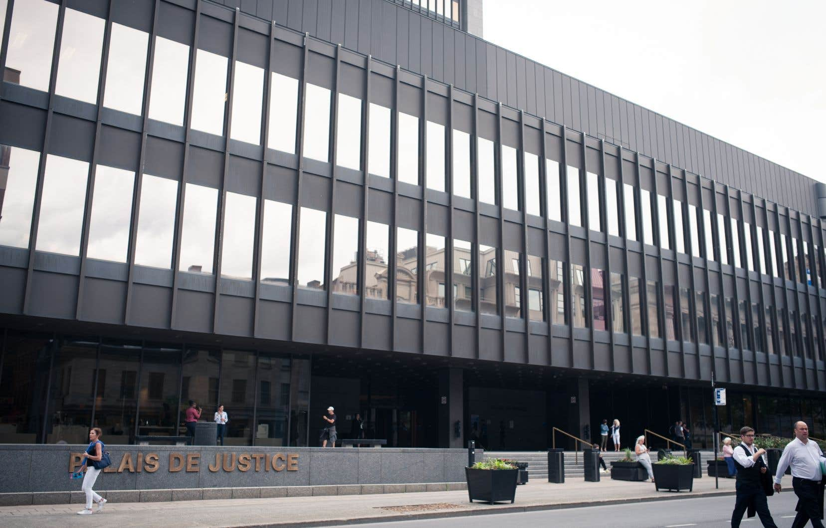 Une jeune femme de 20ans est en danger de mort, a justifié la juge Lise Bergeron.
