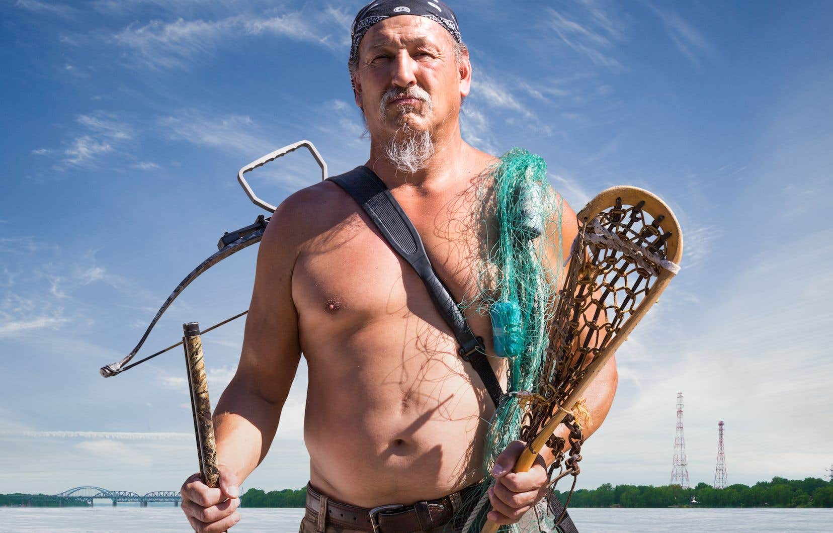 Le «dernier des Mohicans», qui donne son nom au film, c'est Dirt McComber, de son vrai nom Eric McComber, un Mohawk de Kahnawake qui vit toujours de la chasse et de la pêche.