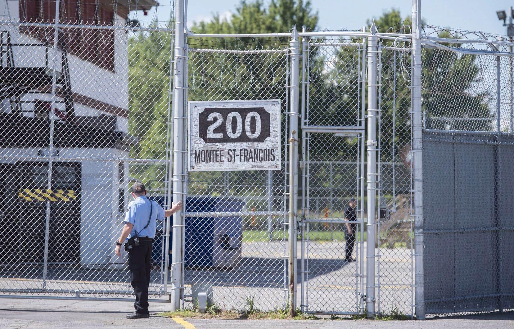 L'homme est détenu à Laval depuis le 26 juillet, les autorités craignant sa fuite.