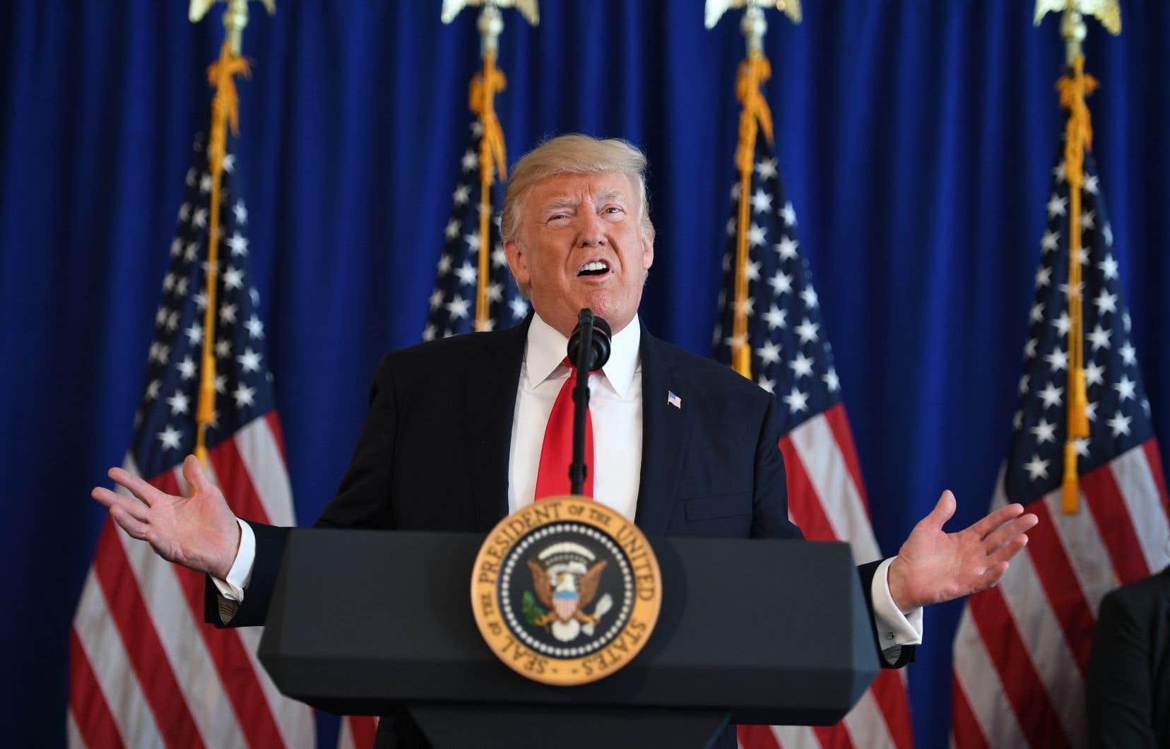 Le président américain, Donald Trump, s'était adressé à la presse à la suite des manifestations de Charlottesville au Trump National Golf Club à Bedminster, dans le New Jersey, le 12 août 2017.