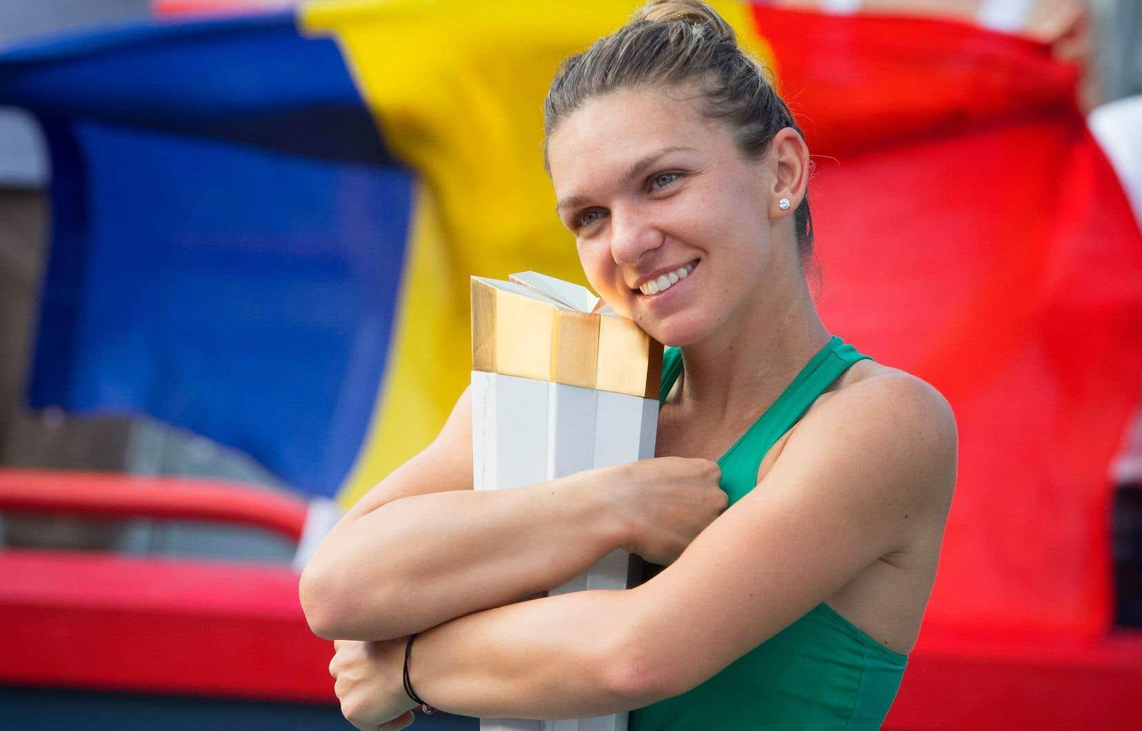Grâce à sa victoire dimanche, Simona Halep a gagné la Coupe Rogers pour la deuxième fois en trois ans.