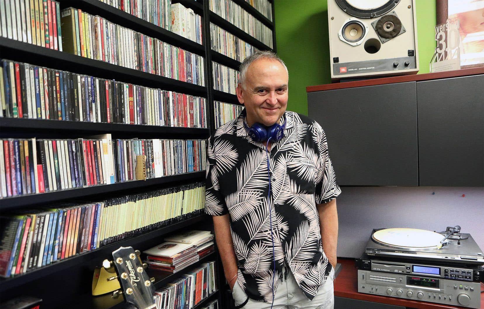Guy Brouillard assure que la radio va perdurer, car c'est le média de l'immédiat, celui qui s'adresse le plus directement aux gens.