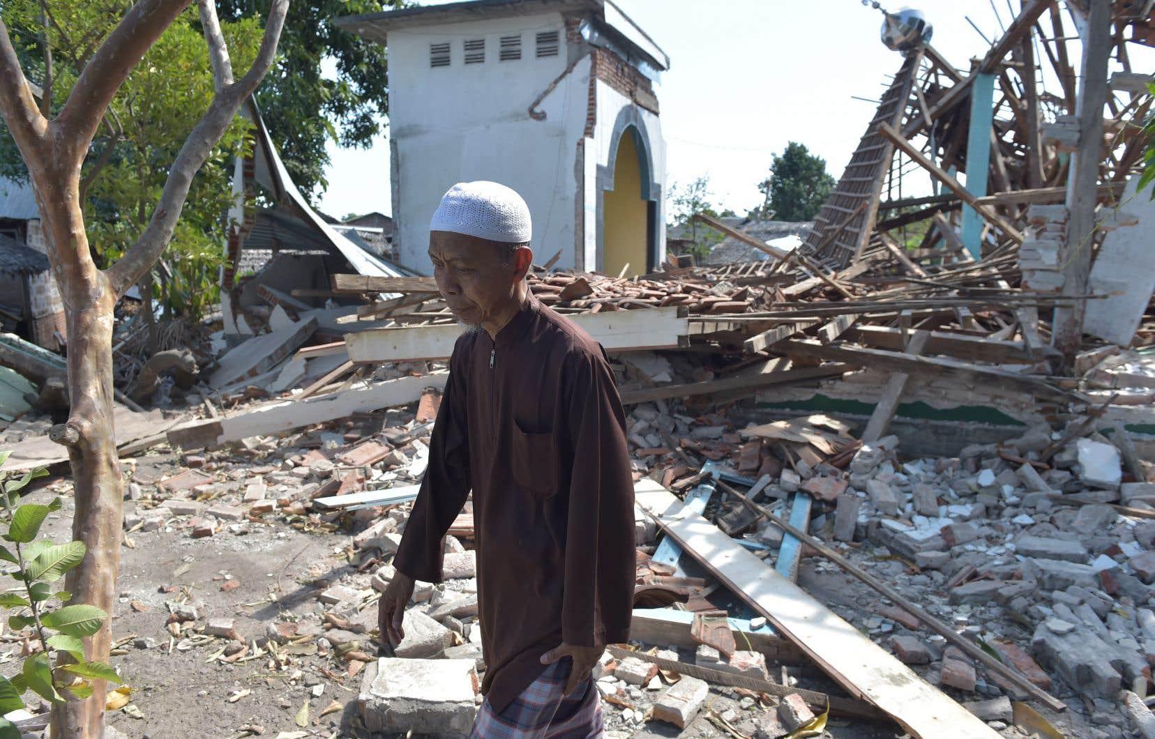 L'île de Lombok a été secouée par trois secousses importantes en un peu plus d'une semaine, puis par plus de 500 répliques.