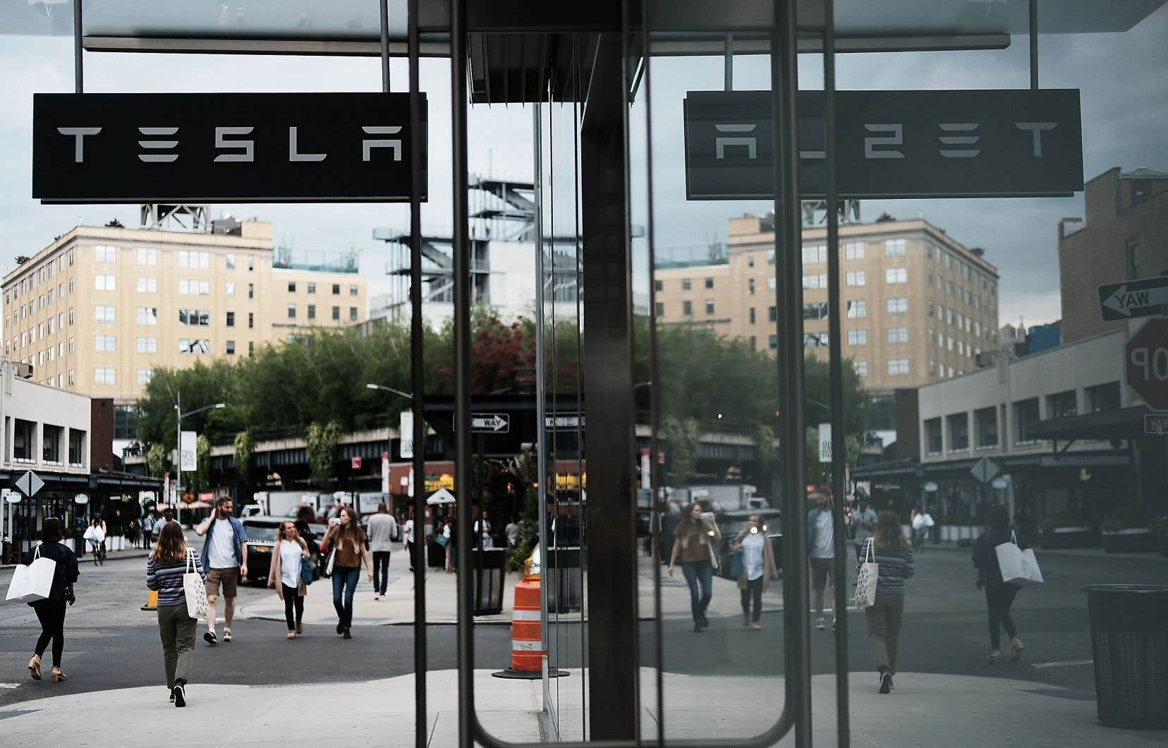 Un concessionnaire Tesla dans le quartier de Meatpacking à Manhattan, à New York, le 6 juin 2018