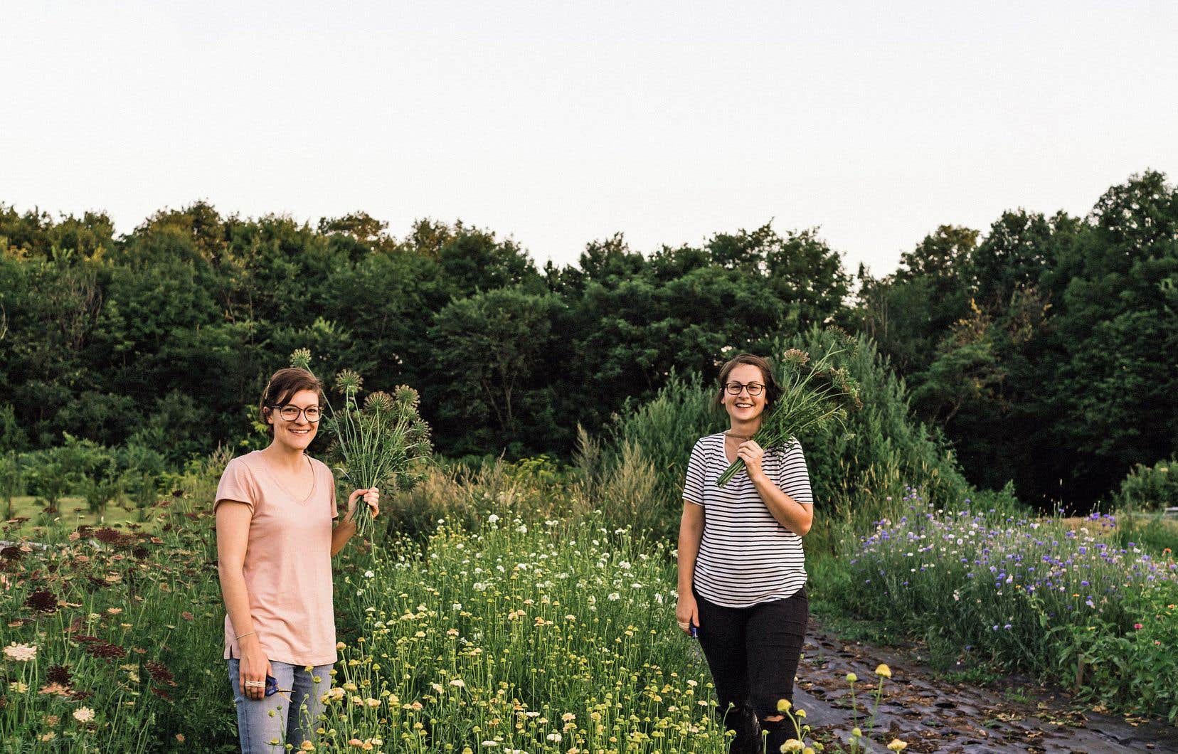 Évelyne Guindon et Clémence Rivard-Hiller de chez Origine, ferme florale
