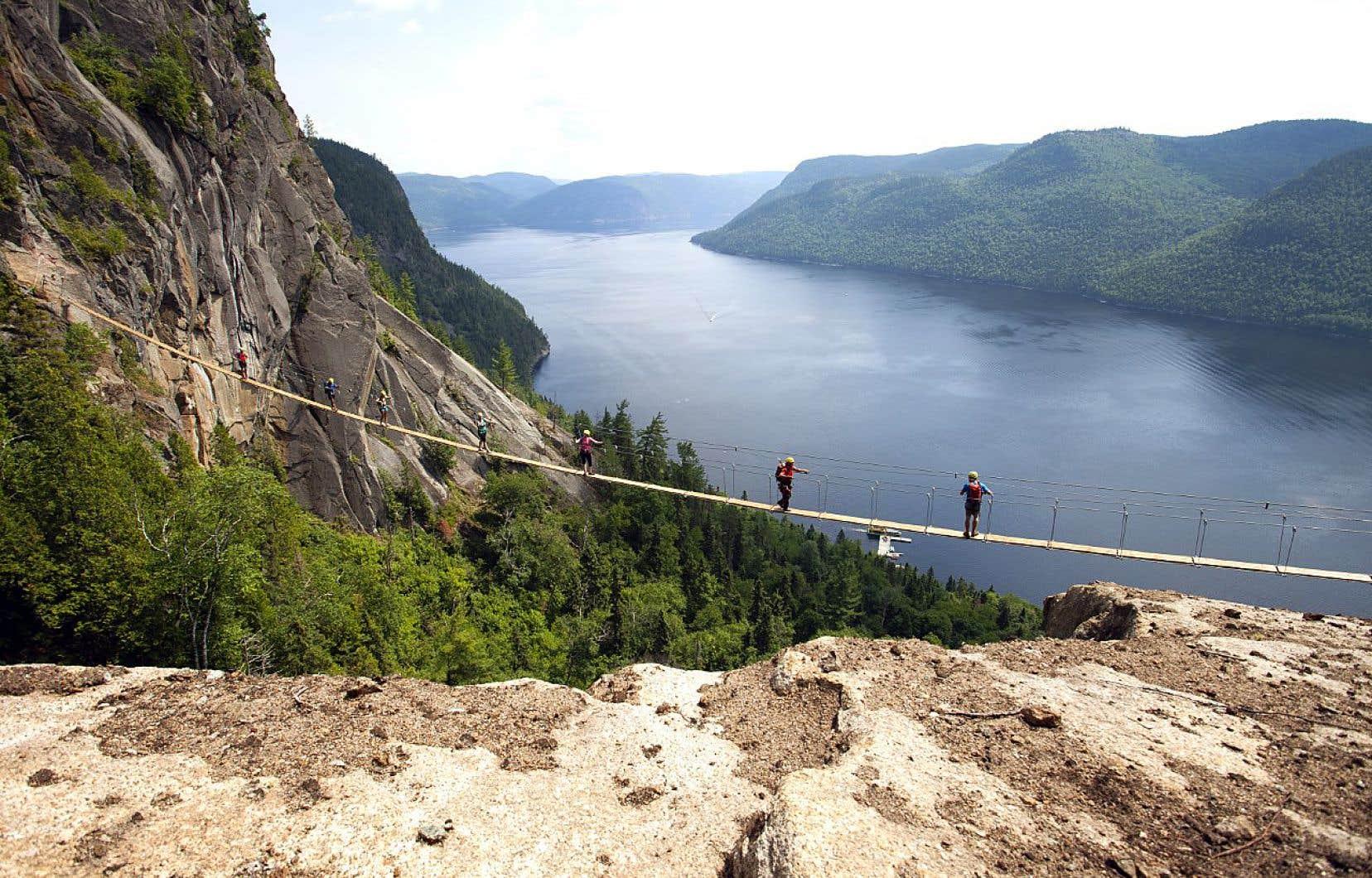 La «via ferrata» des Géants, au Saguenay, est un circuit de six heures en tout.