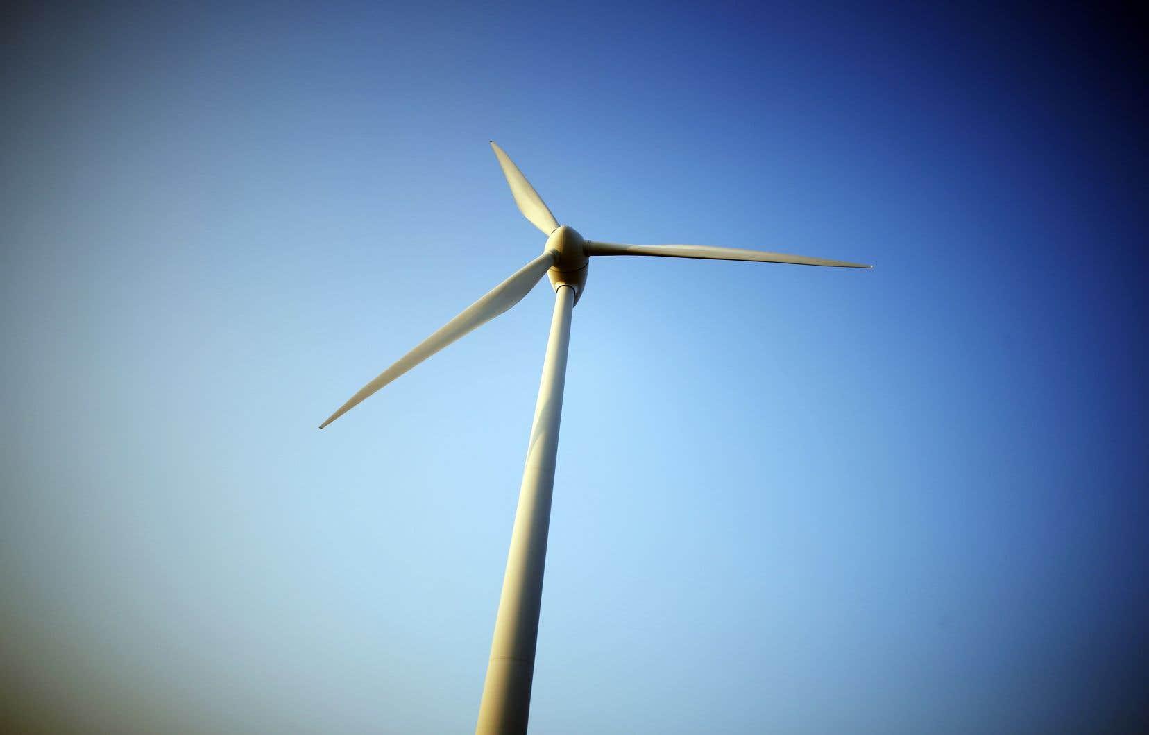 Surtout situé à Port-Cartier sur la Côte-Nord, le projet Apuiat, qui compte aussi l'entreprise RES comme société participante, repose sur un parc de 47 à 57 éoliennes capables de générer 200MW.