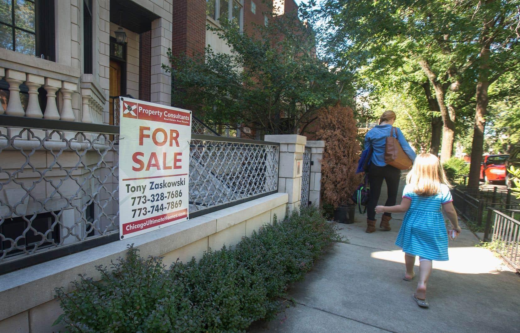 Le marché du logement aux États-Unis est touché par un écart de richesse croissant, alors que le nombre de logements à bas prix disponibles demeure faible.