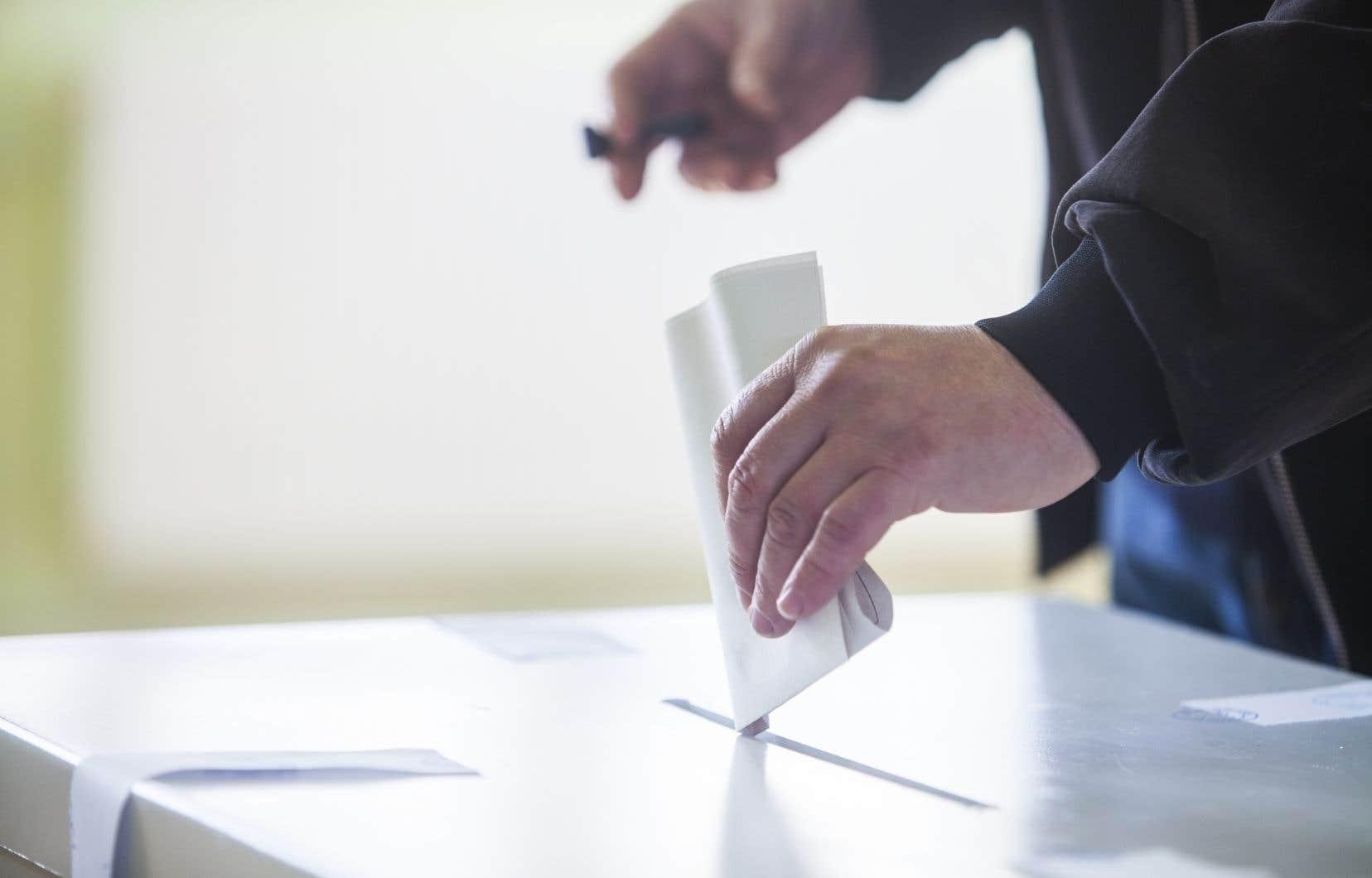 Ce n'est qu'un début: la campagne 2018 sera comme d'habitude le point de chute de nombreux sondages. Quelle valeur leur accorder?