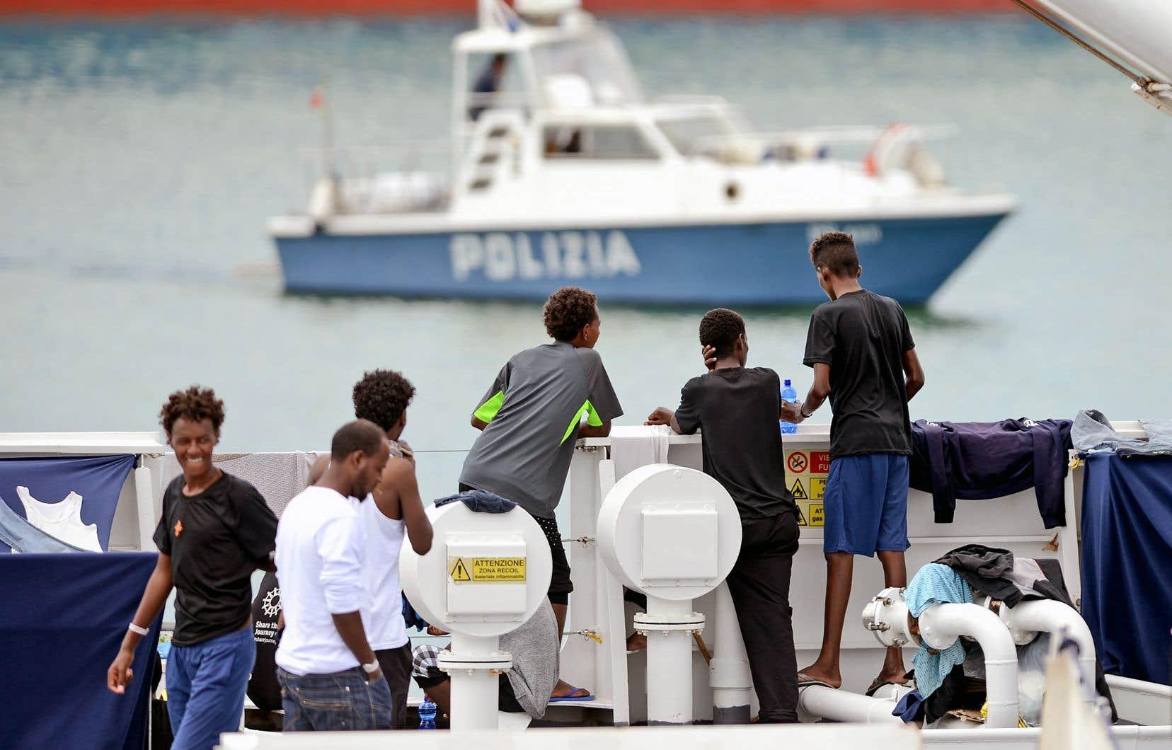 150 migrants sont toujours coincés sur le «Diciotti», dans un port sicilien, alors qu'ils ont été secourus le 15 août.