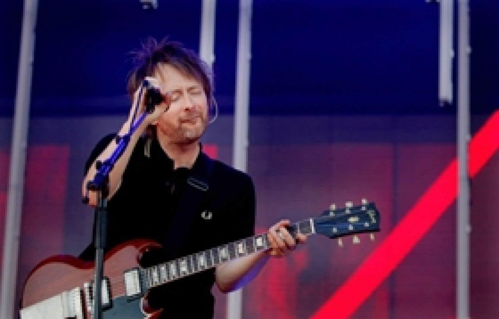 Thom Yorke, le chanteur de la formation britannique Radiohead. En octobre 2007, Radiohead a lancé son dernier album In Rainbows en téléchargement sur Internet.