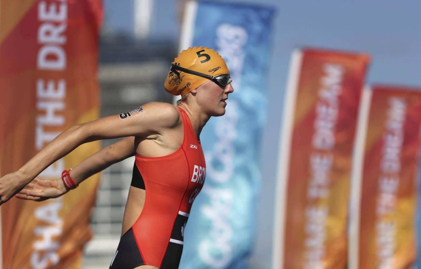 Joanna Browna appuyé sur l'accélérateur lors de la portion de course à pied afin de se hisser au quatrième échelon au Triathlon international de Montréal.