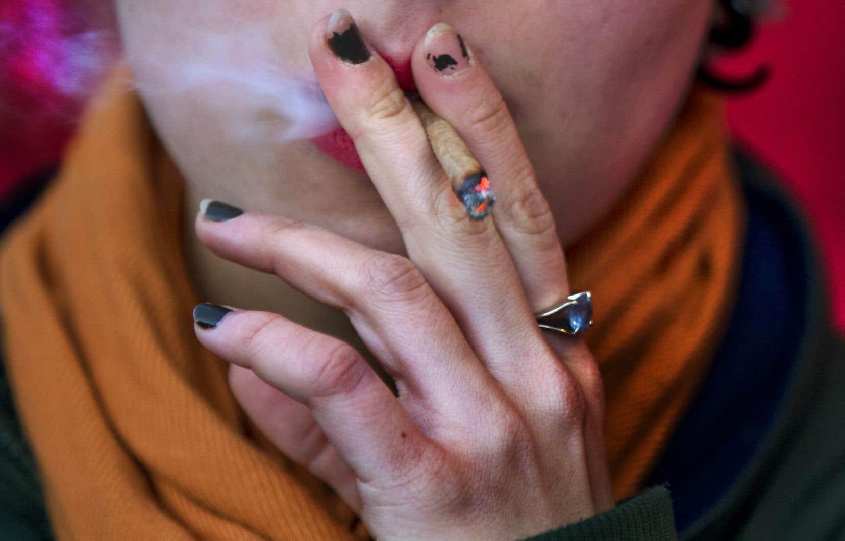 L'usage du cannabis à des fins récréatives deviendra légal le 17octobre.