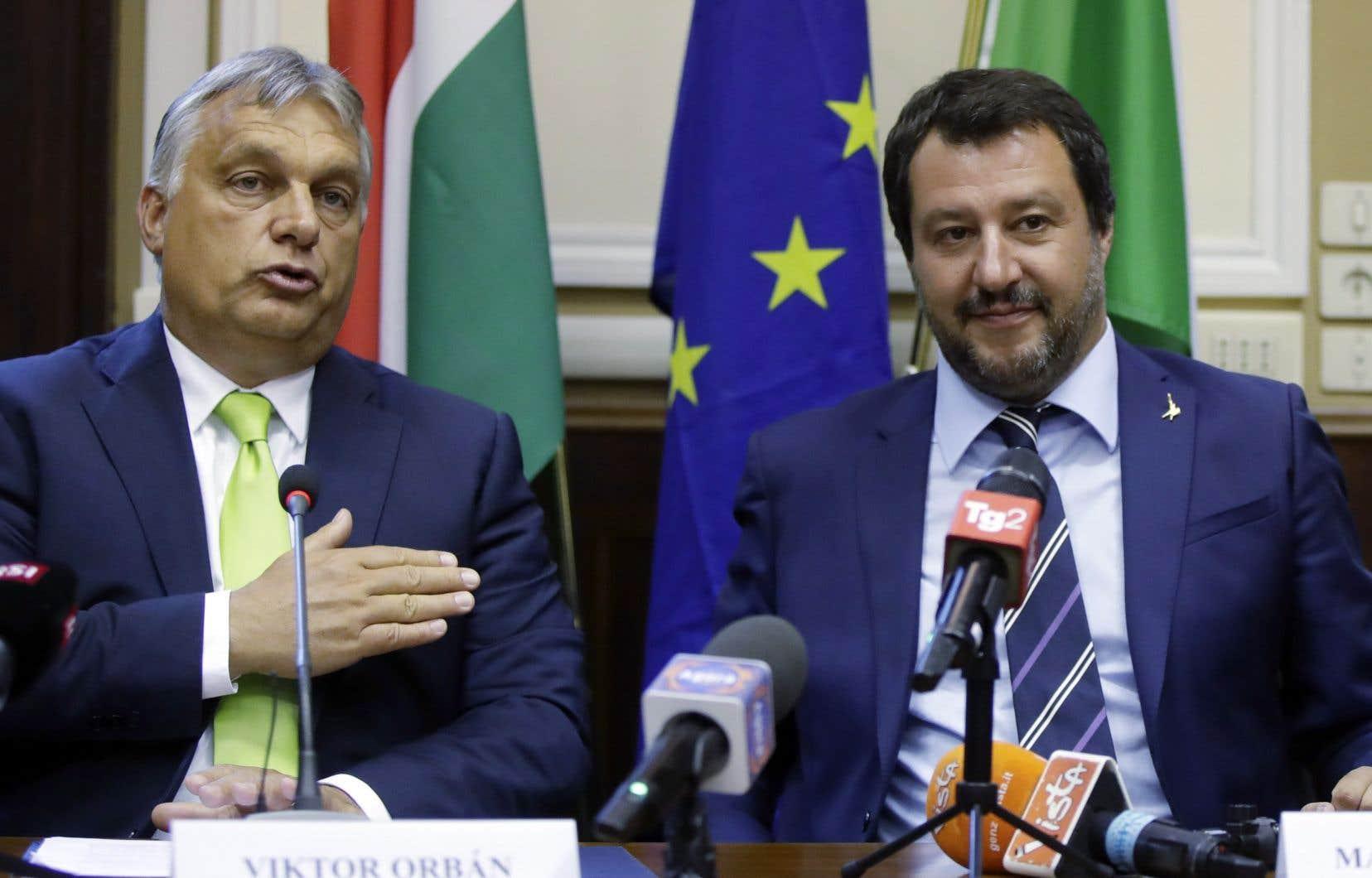 Emmanuel Macron a été clairement pris pour cible mardi par les deux principaux partisans de la ligne dure contre les migrants: Viktor Orbán et Matteo Salvini.