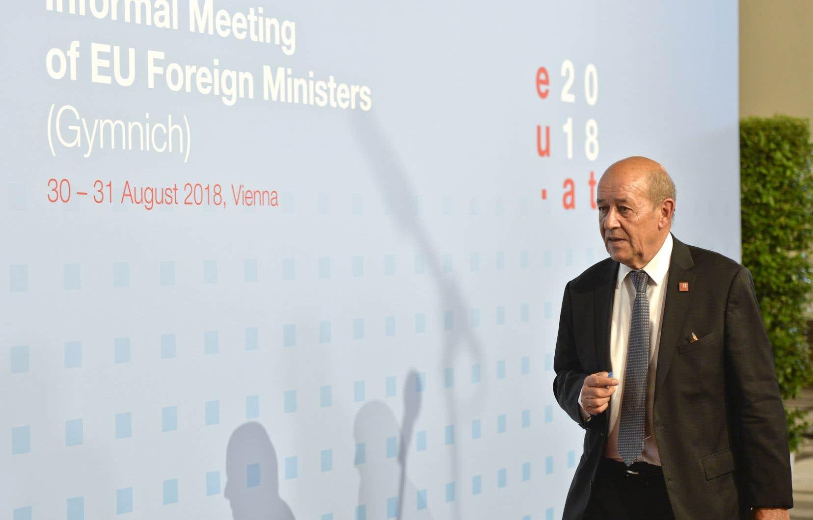 «L'Iran ne pourra pas échapper à des négociations sur trois autres grands sujets qui nous préoccupent» et qui concernent notamment le rôle du pays dans les questions de sécurité régionale, a estimé le chef de la diplomatie française Jean-Yves Le Drian.