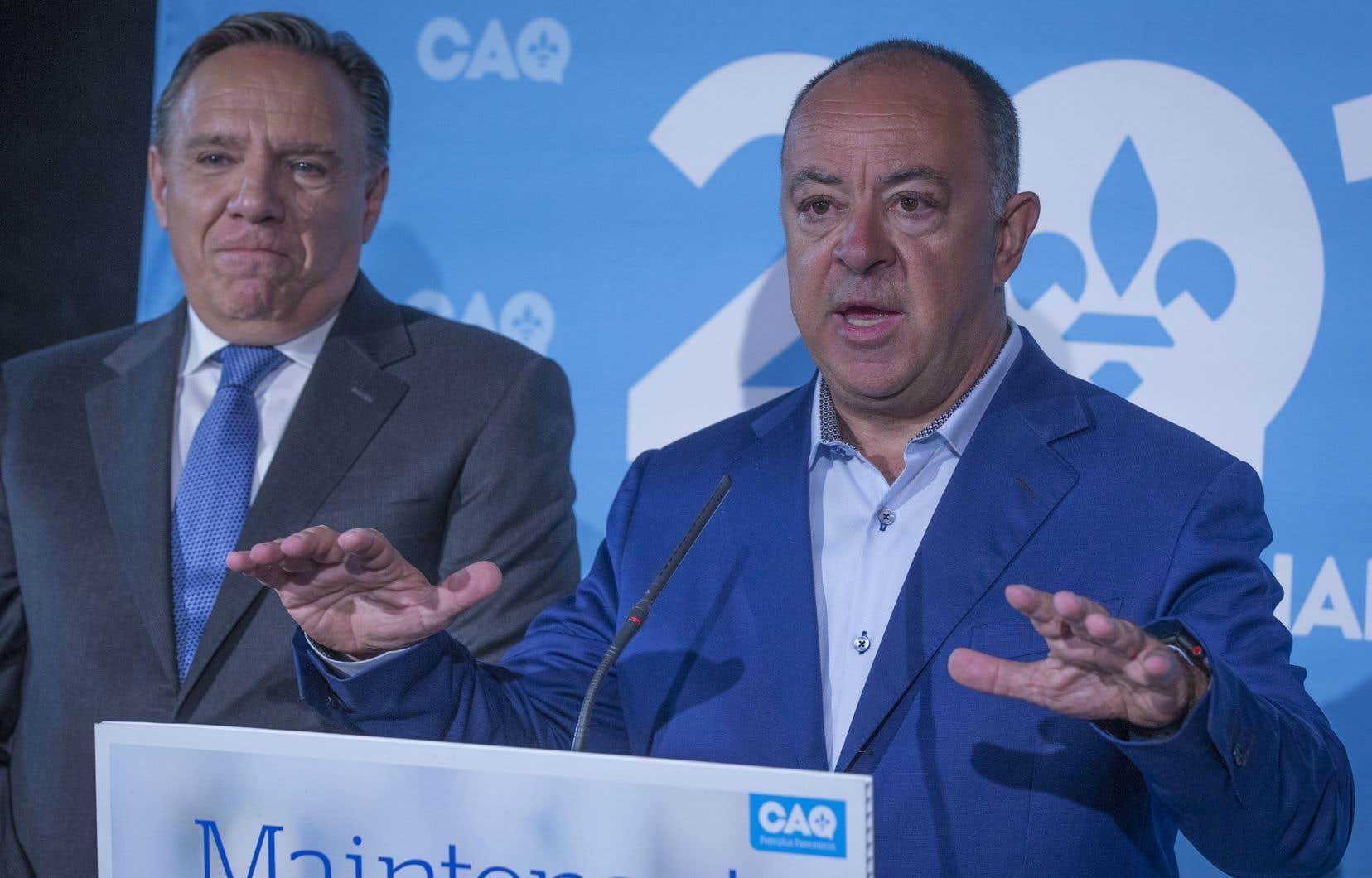 François Legault a confirmé lundi matin le retour en politique de Christian Dubé.