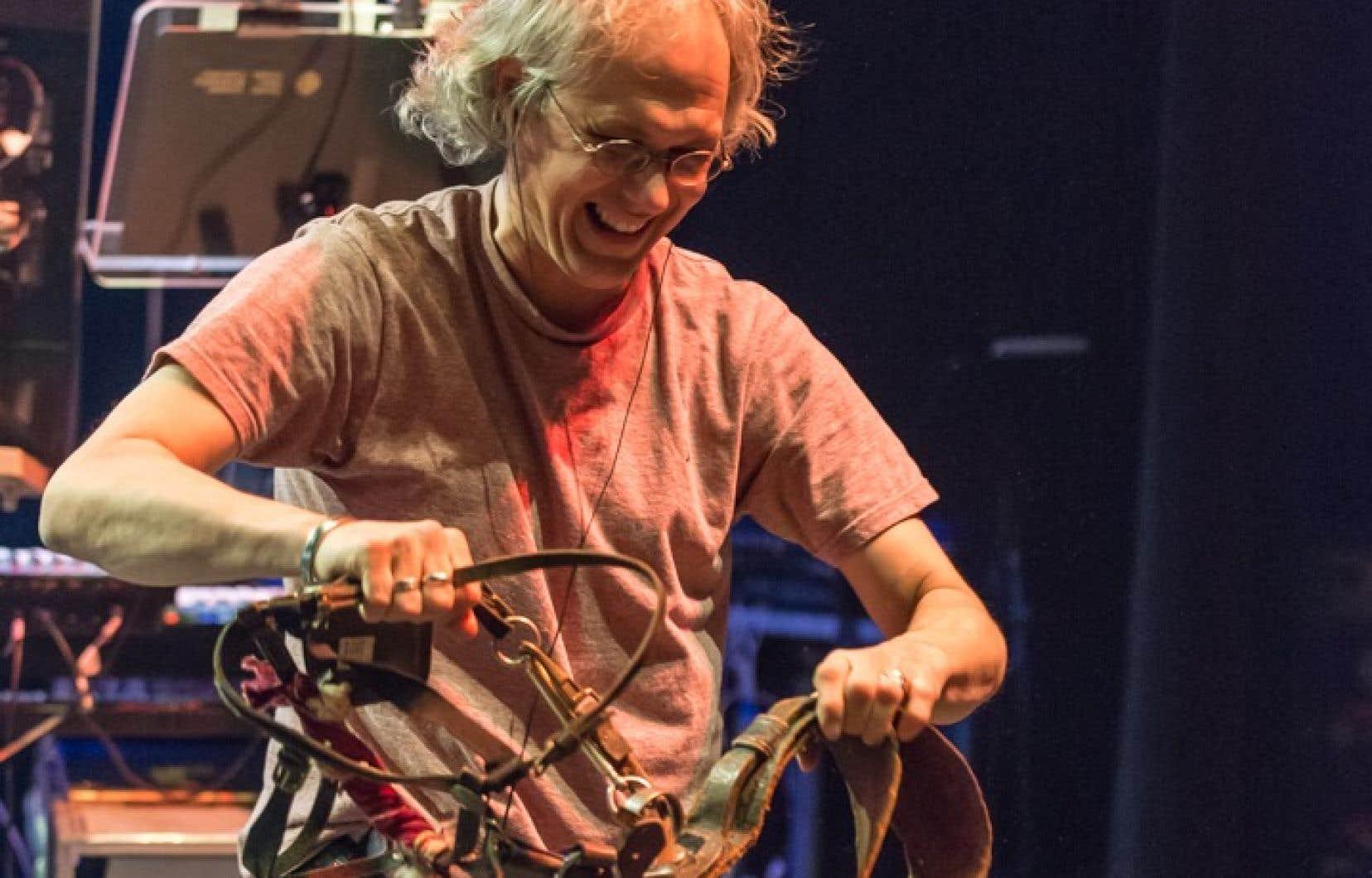 L'animateur de radio Philippe Laguë, lors d'un enregistrement de l'émission «À la semaine prochaine»