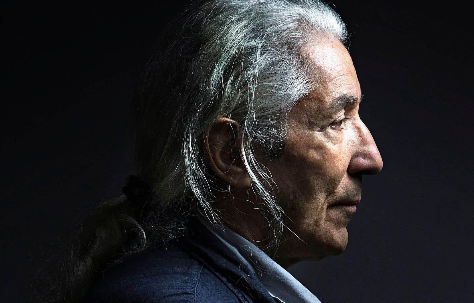 S'il se rend souvent à l'étranger, en France et en Allemagne notamment, où ses écrits sont appréciés et primés, l'auteur Boualem Sansal n'envisage pas plus aujourd'hui qu'hier de quitter définitivement l'Algérie. Mais il demeure sur ses gardes.