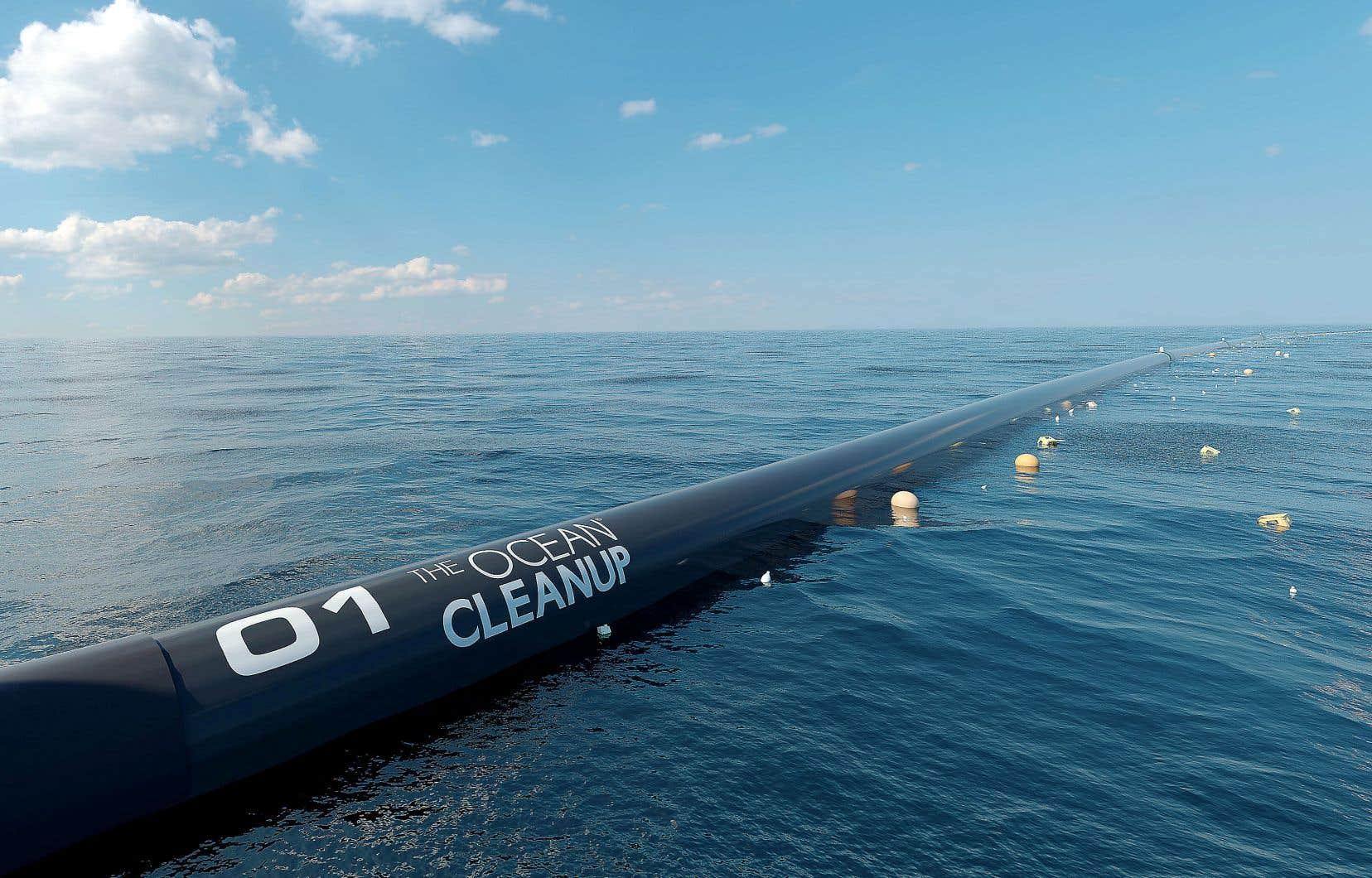 Le premier prototype d'infrastructure de nettoyage doit former une très longue barrière de plus de 600 mètres. Elle a été assemblée en Californie, avant son transport vers le continent de plastique du Pacifique.