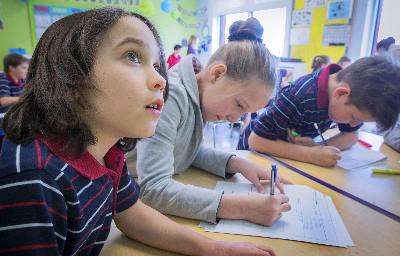 Plus de six parents sur dix (63%) ont affirmé qu'ils retireraient leurs enfants de l'école privée en cas de hausse annuelle des frais de 2000$.