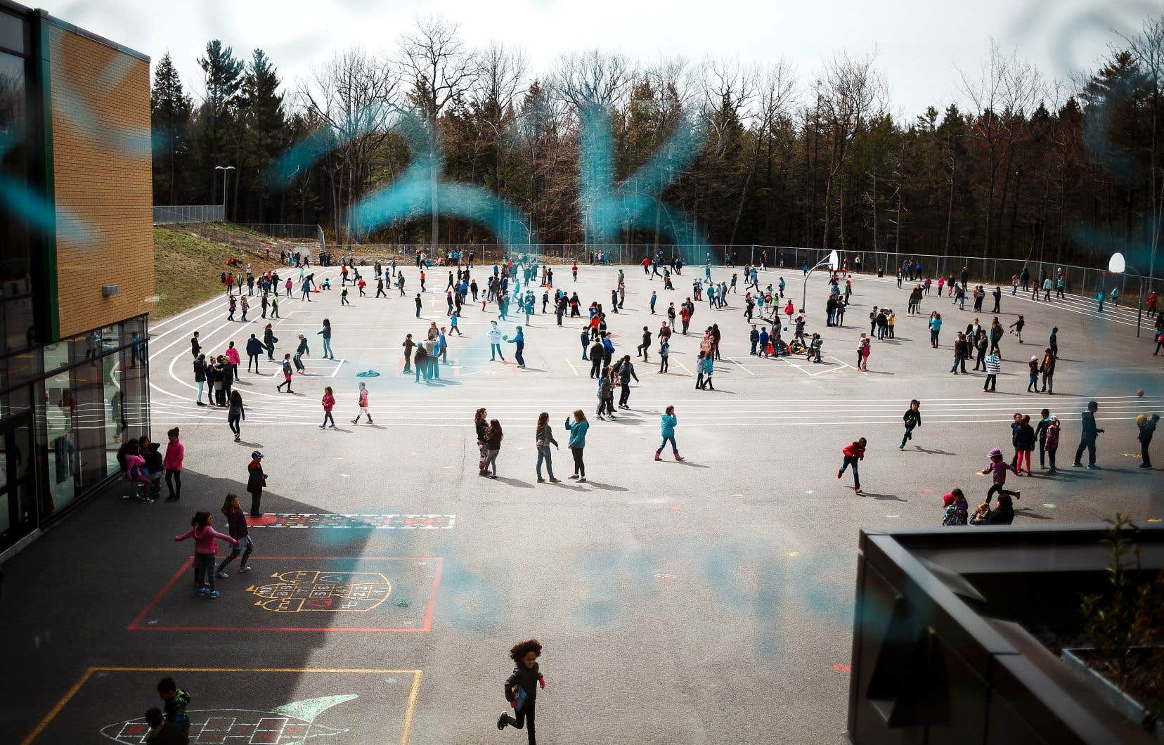 Au Québec, le manque à gagner en éducation s'élève à 1,4milliard de dollars entre les années 2003 et 2016, selon l'IRIS.