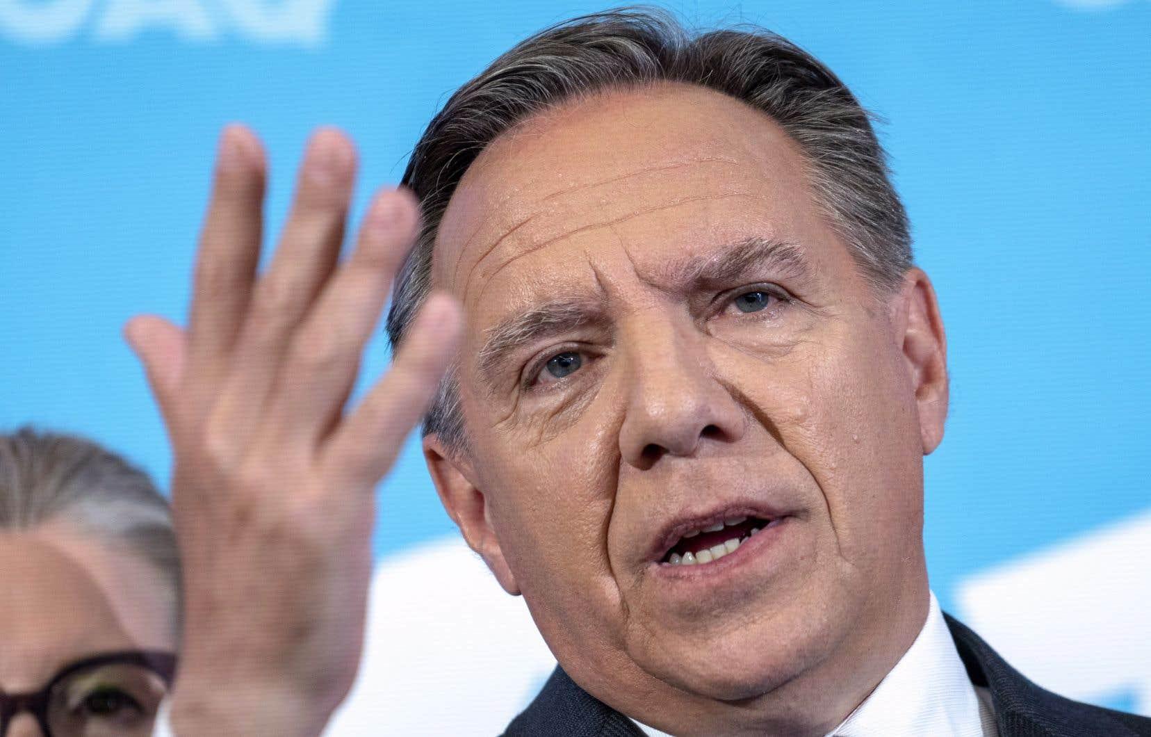 Si la CAQ prend le pouvoir le 1er octobre, un projet de loi pour réformer le mode de scrutin sera déposé en moins d'un an, promet François Legault.