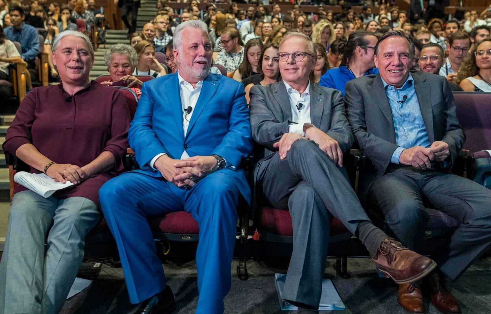 Les quatres principaux candidats au poste de premier ministre du Québec: Manon Massé (Québec solidaire), Philippe Couillard (Parti libéral du Québec), Jean-François Lisée (Parti québécois) et François Legault (Coalition avenir Québec)