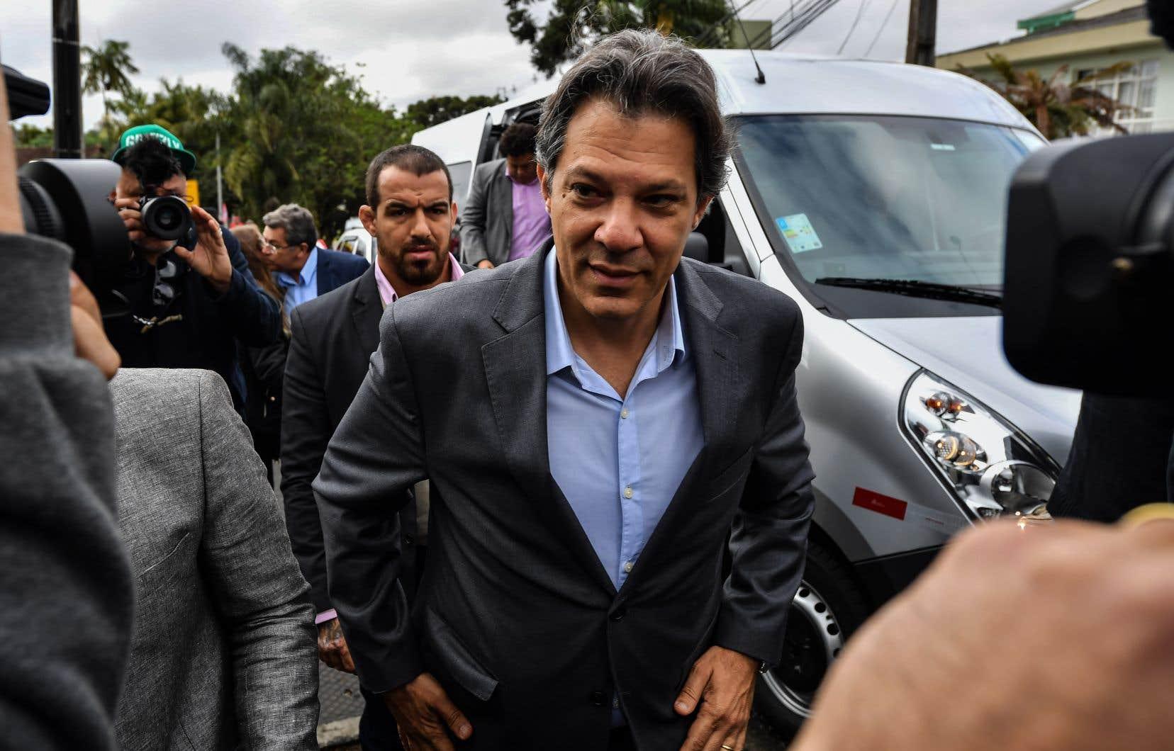 Fernando Haddad est pressenti pour remplacer Luiz Inacio Lula da Silva.