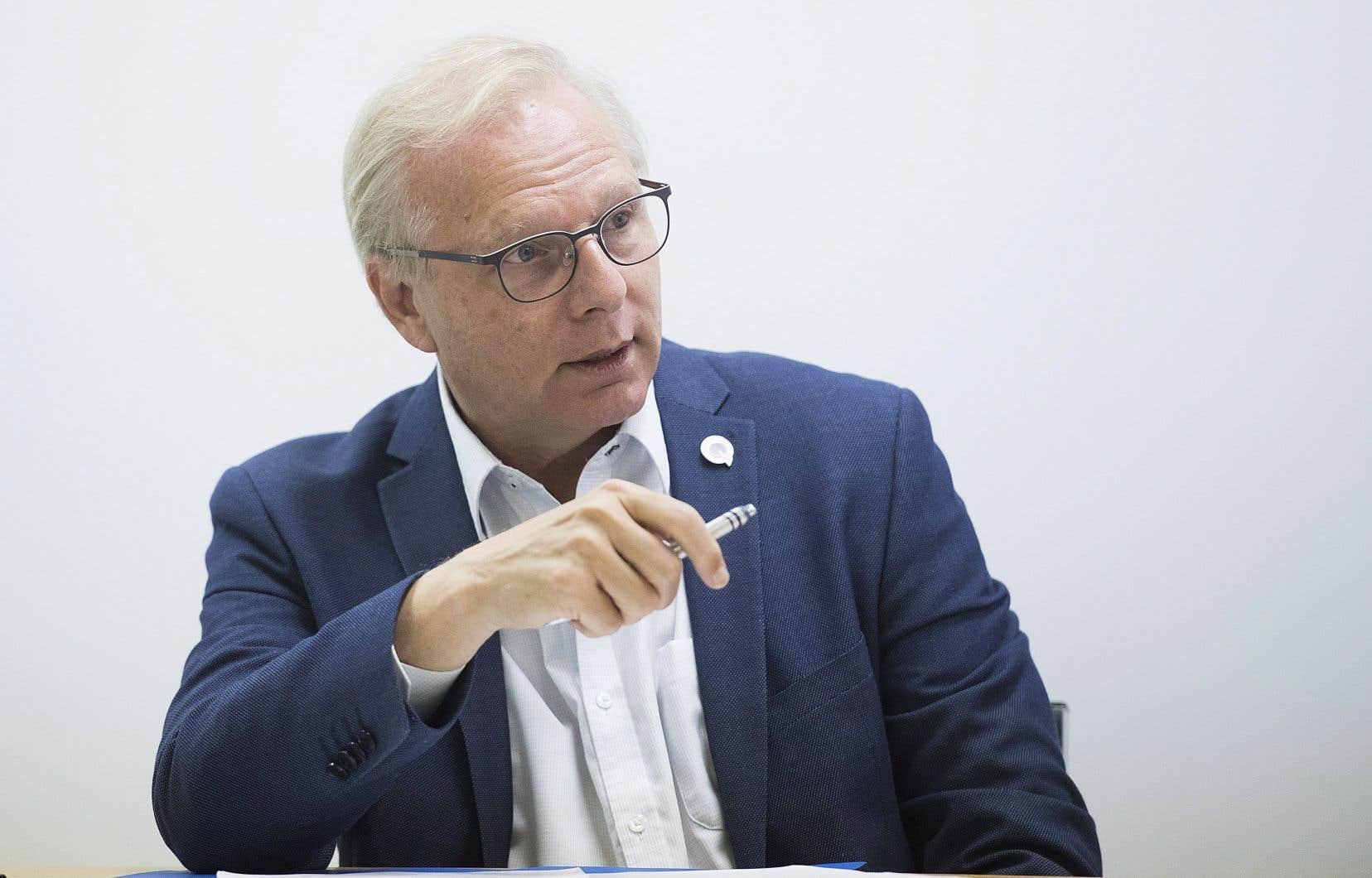 Le chef péquiste, Jean-François Lisée, se targue d'avoir un cadre financier conforme aux prévisions officielles.