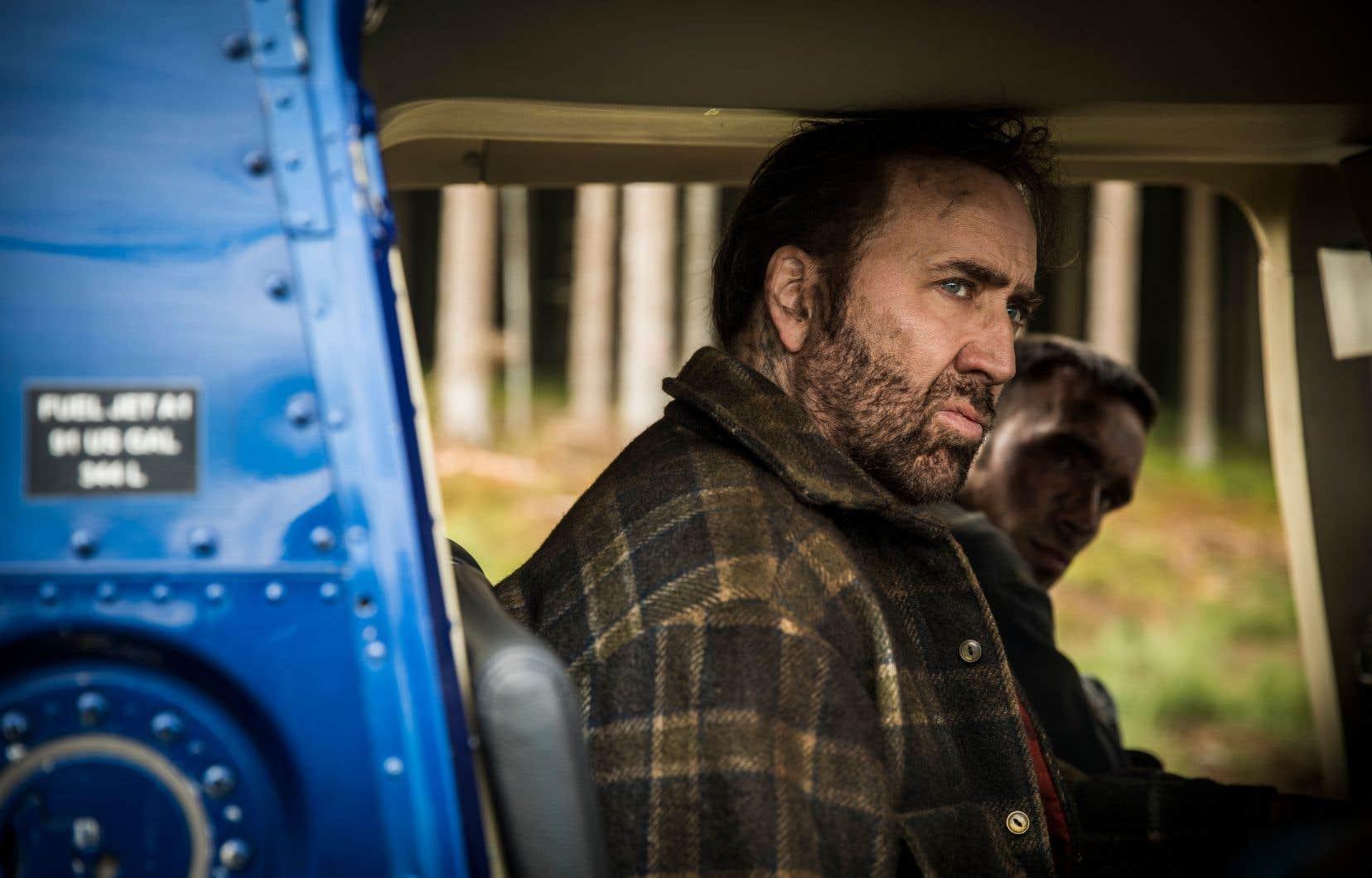 D'animal blessé, Red passe à bête sanguinaire. Une transition dont la vraisemblance repose sur la capacité de Nicolas Cage à rendre celle-ci naturelle.