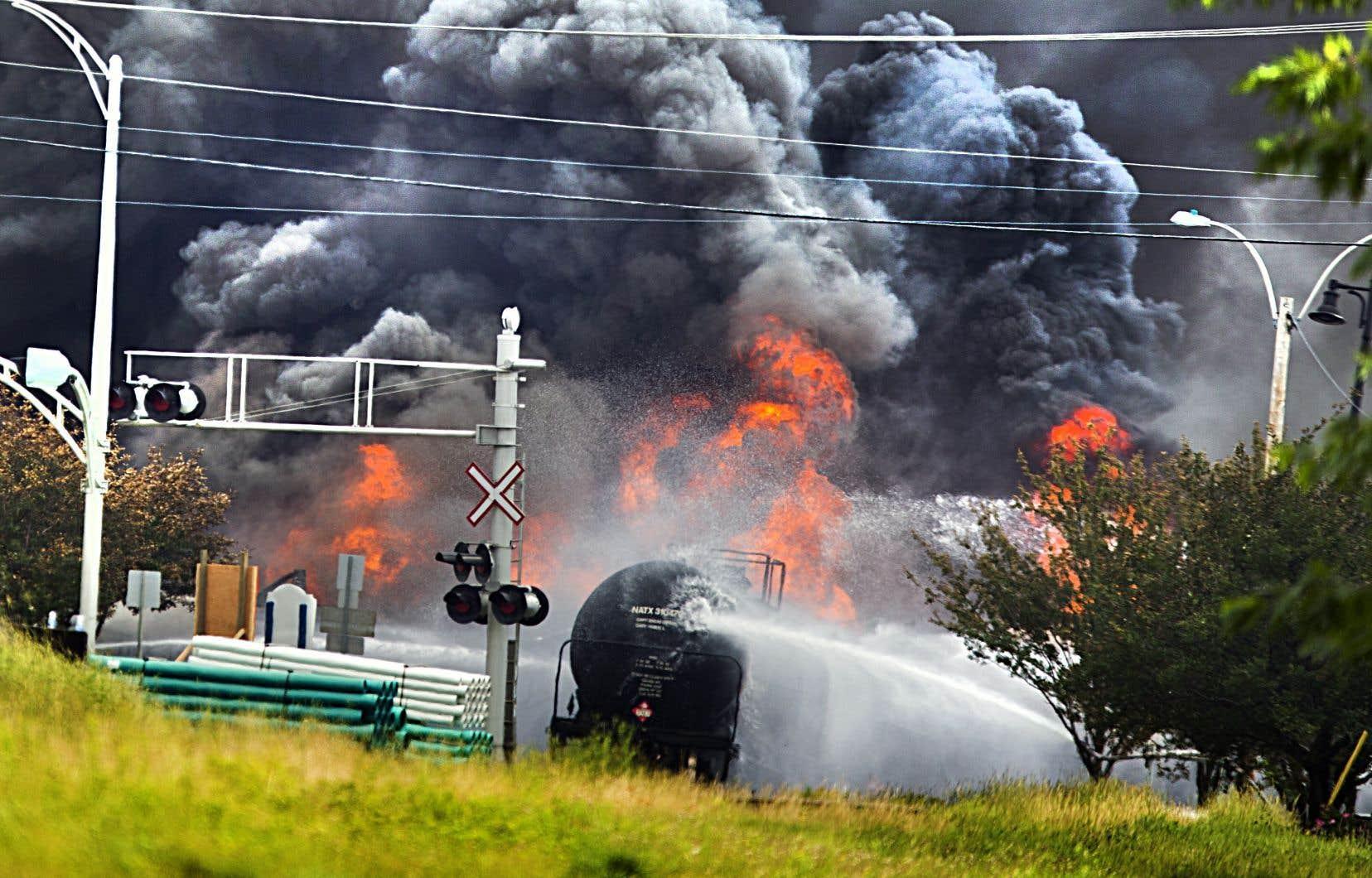 Les wagons-citernes qui avaient explosé remplis de pétrole au cœur de Lac-Mégantic il y a cinq ans ne pourront plus transporter du tout de matières inflammables volatiles dès janvier.