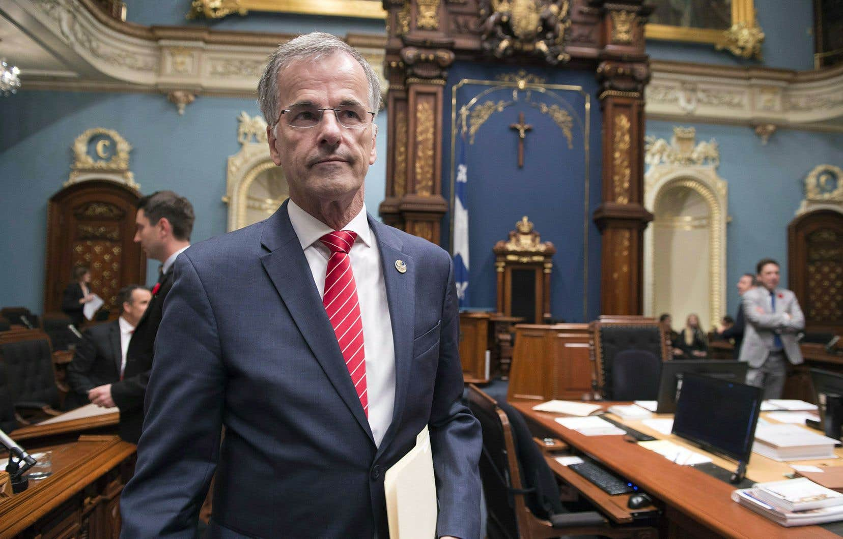L'ex-policier de la Sûreté du Québec et député libéral Guy Ouellette faisait partie des «sources» de la CAQ au sein du PLQ, a confirmé jeudi le chef François Legault.