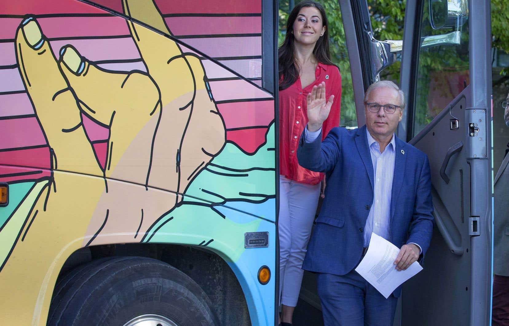 Le Parti québécois propose de réduire de 60% le tarif des transports en commun en dehors des heures de pointe.