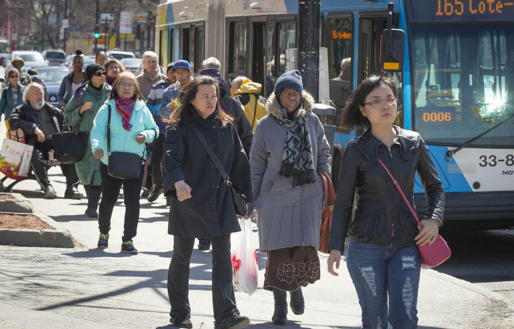 Le nombre d'habitants vivant au Québec a augmenté de 1,1% durant l'année 2017-2018 pour s'établir désormais à 8390499 personnes sur le territoire.
