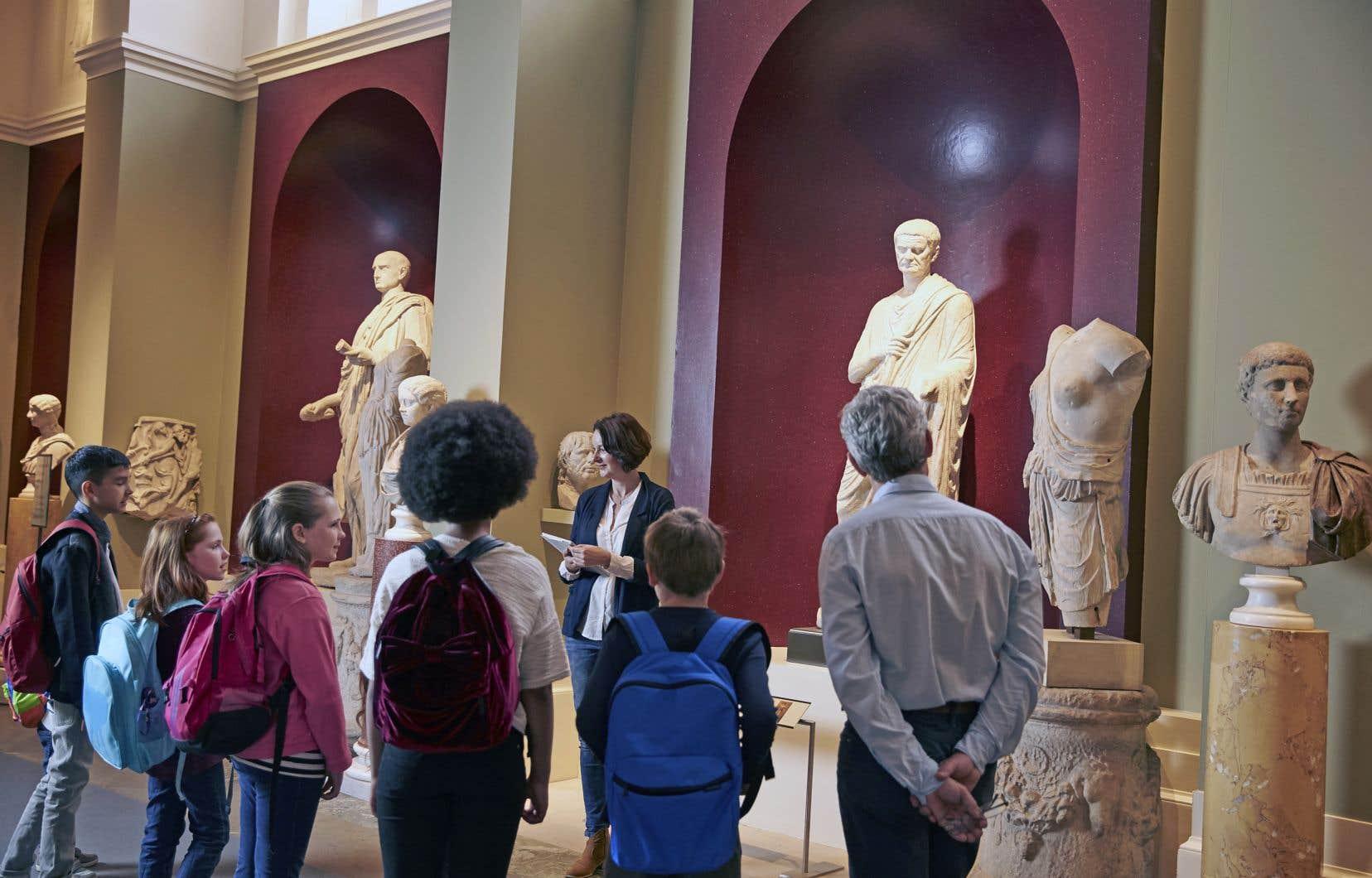 Les activités culturelles sont loin d'être une réalité partagée dans l'ensemble des milieux scolaires.