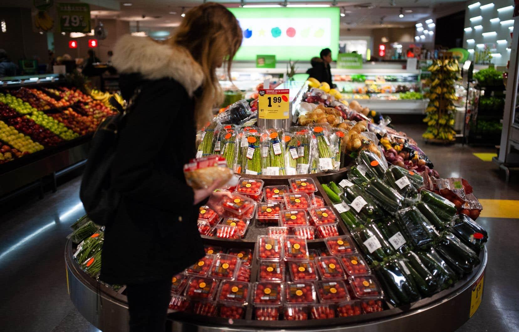 «La nourriture n'est pas un produit glamour dont la valeur est proportionnelle à l'esthétique, comme le dernier téléphone intelligent», affirme l'auteur.