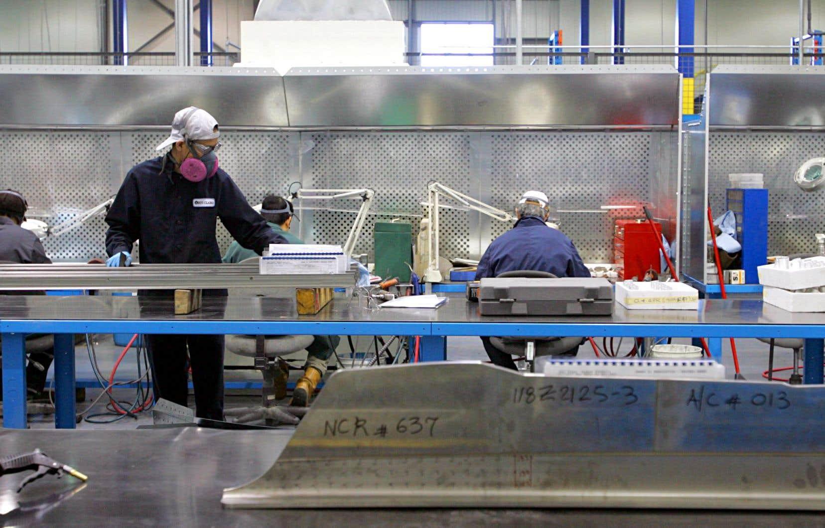 Dans la main-d'œuvre manufacturière québécoise, près de deux travailleurs sur trois ont des enjeux de littératie.