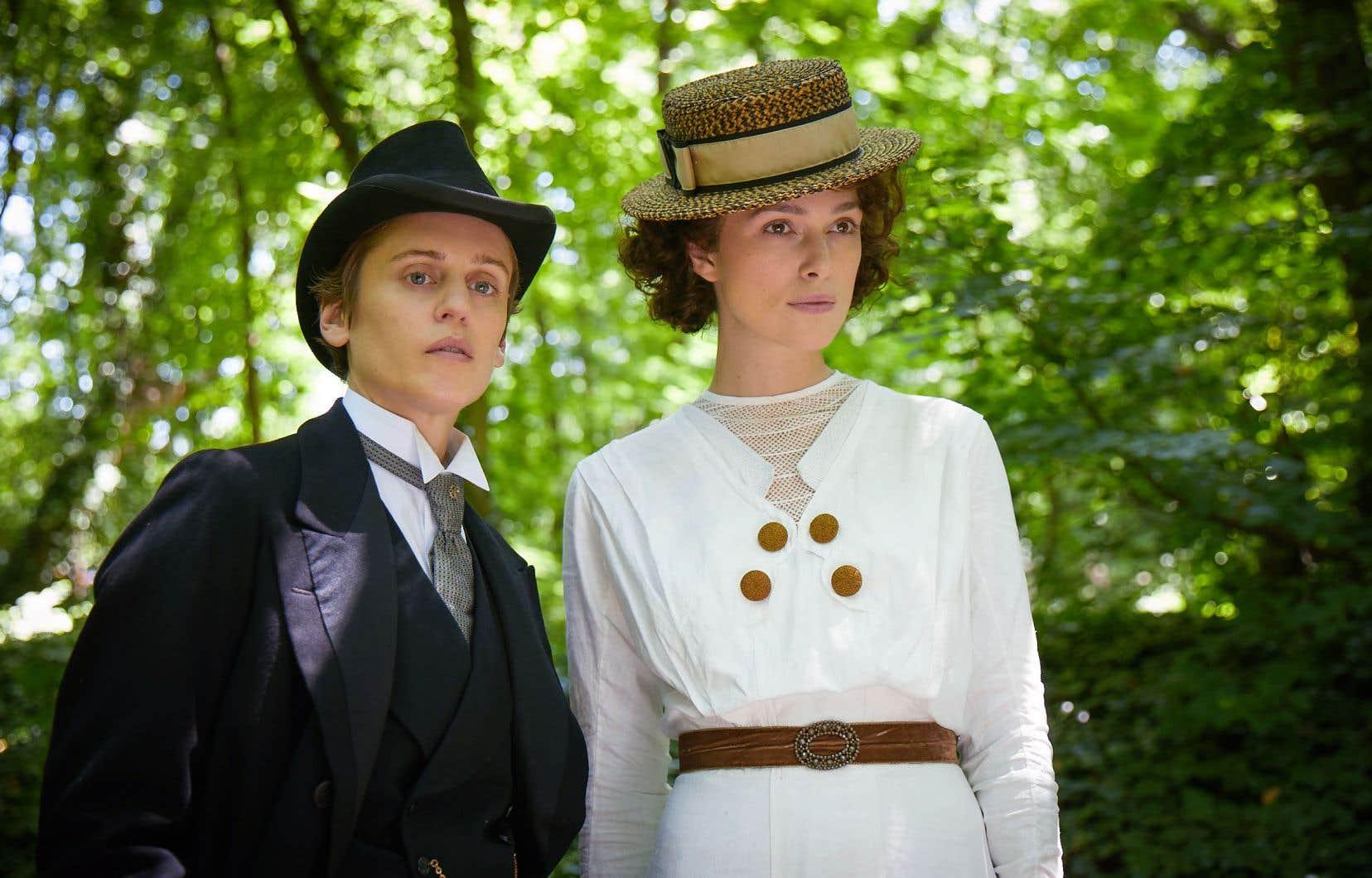 Missy et Colette, incarnées par Denise Gough et Keira Knightley