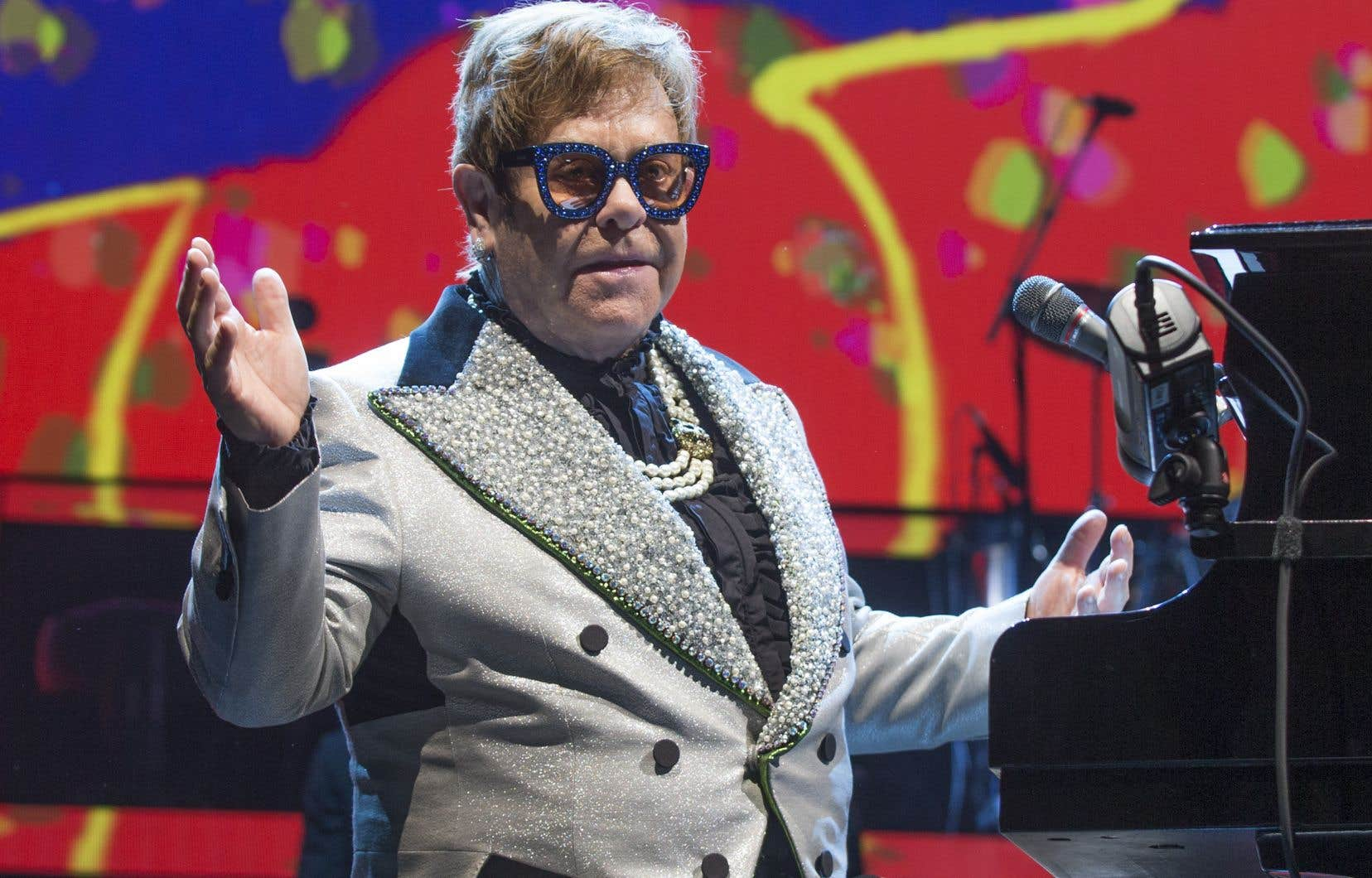 Cette tournée d'adieu qui s'arrêtait en ce jeudi soir au Centre Bell ne s'intitule pas «Farewell Yellow Brick Road»pour rien. «Goodbye Yellow Brick Road» est l'album phare de la longue et riche carrière d'Elton John.