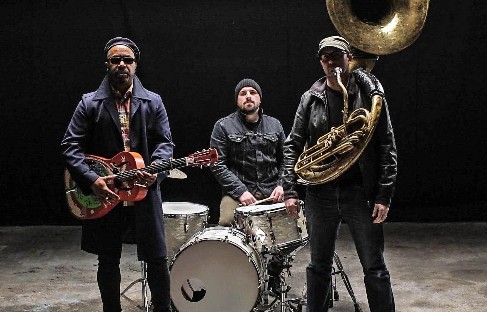 Le trio Delgrès est composé du guitariste, chanteur et compositeur Pascal Danaë, du batteur Baptiste Brondy et du tubiste Rafgee.