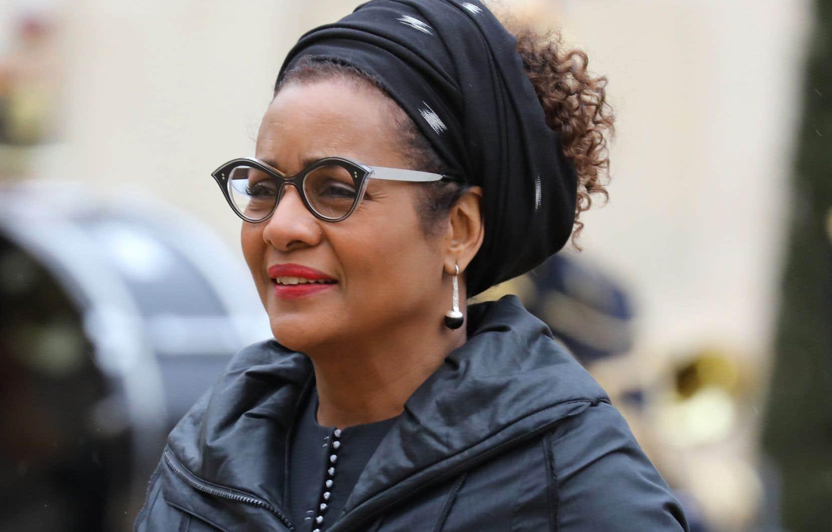 Le sort de la secrétaire générale Michaëlle Jean, lâchée la veille par le Québec et le Canada, semble réglé. À moins d'un imprévu, c'est donc la Rwandaise Louise Mushikiwabo qui devrait lui succéder vendredi à la tête de l'OIF, qui regroupe 54 pays membres.
