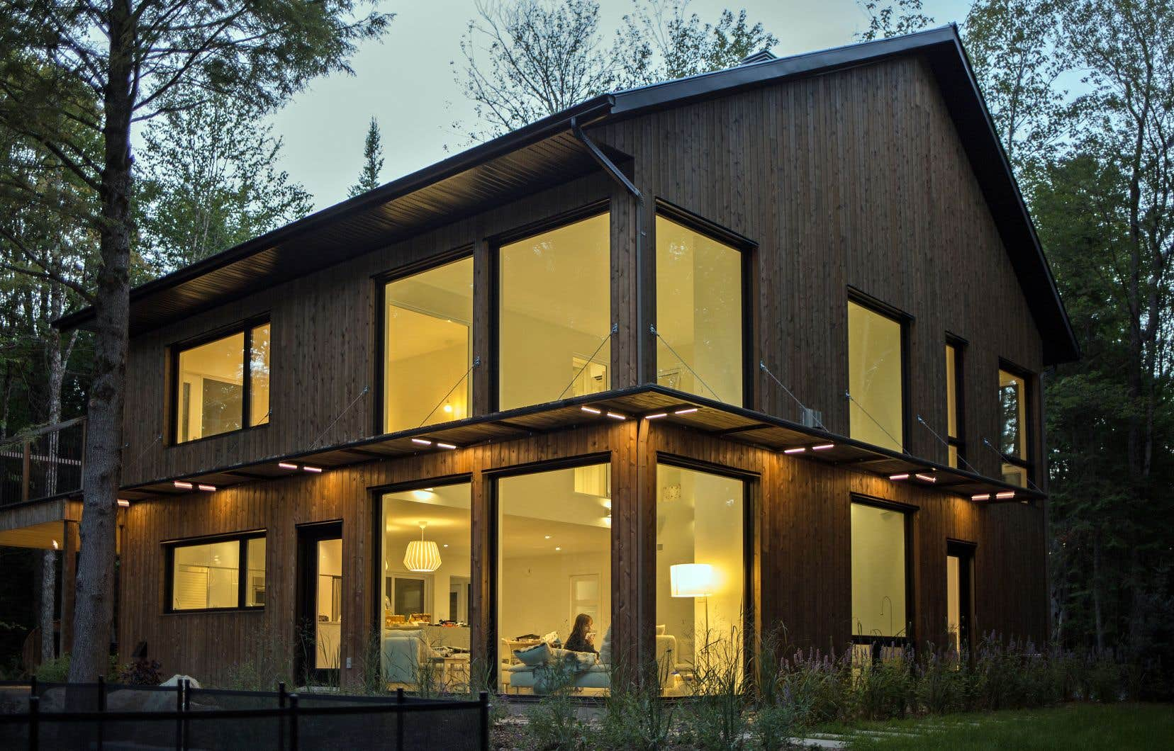 Vue extérieure du projet Grey-Gailleur, à Eastman. «Loins d'être la norme», selon Emmanuel B. Cosgrove, d.g. d'Écohabitation, les projets d'habitation verte ont toutefois de plus en plus la cote chez les futurs propriétaires.