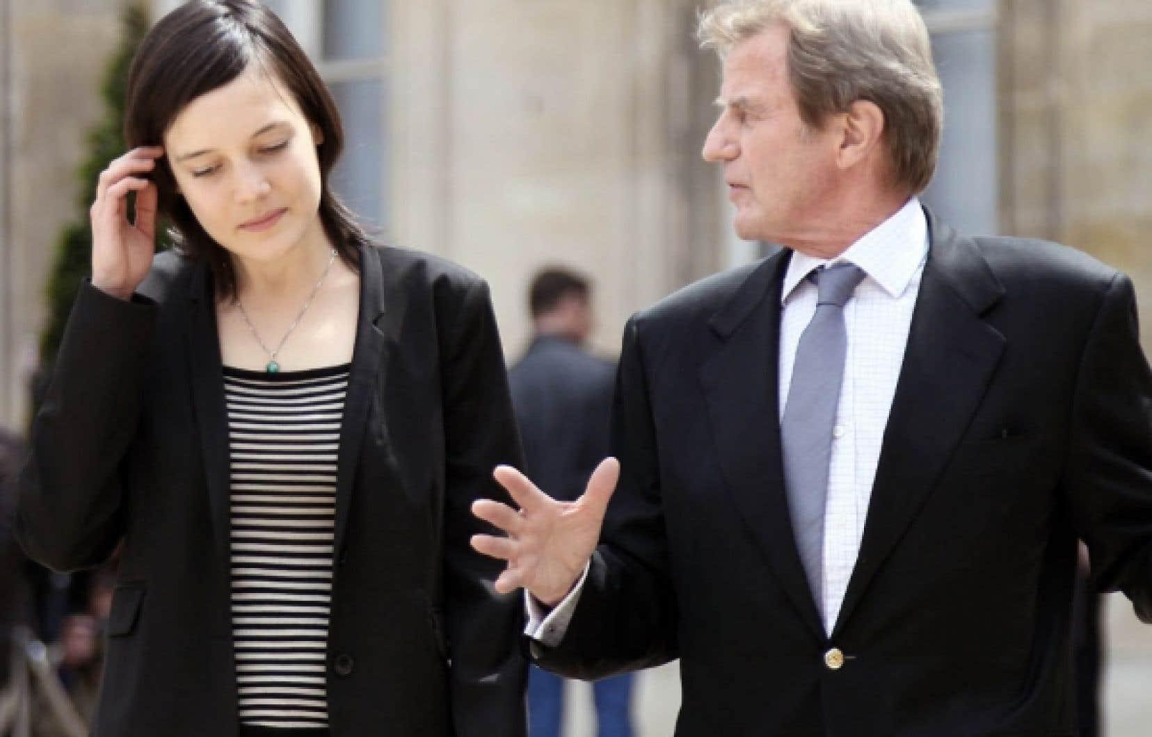 L'otage libérée Clotilde Reiss était hier en compagnie du chef de la diplomatie française, Bernard Kouchner.