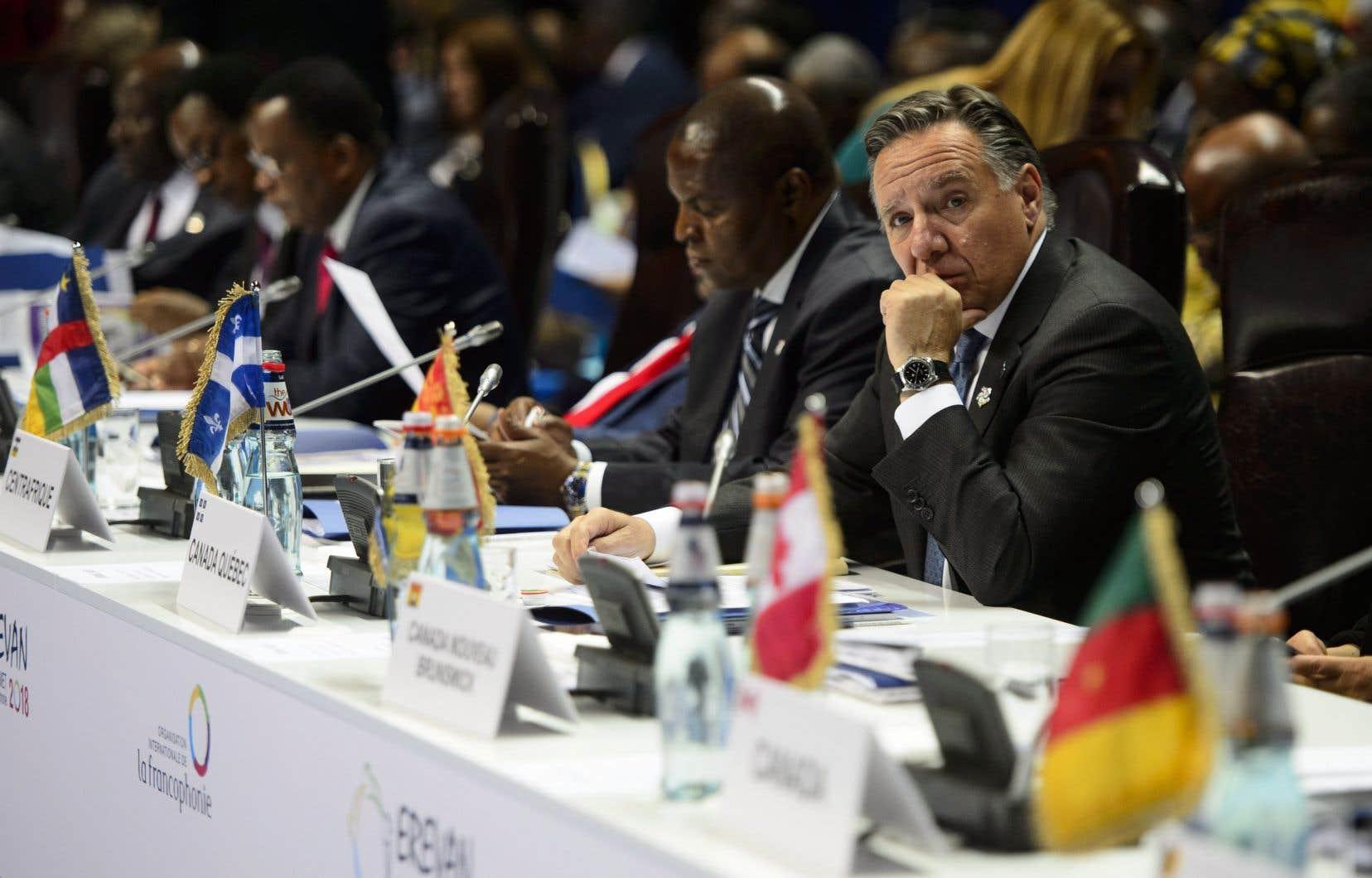 <p>Le chef caquiste effectuait ses premiers pas sur la scène internationale en participant au sommet d'Erevan.</p>