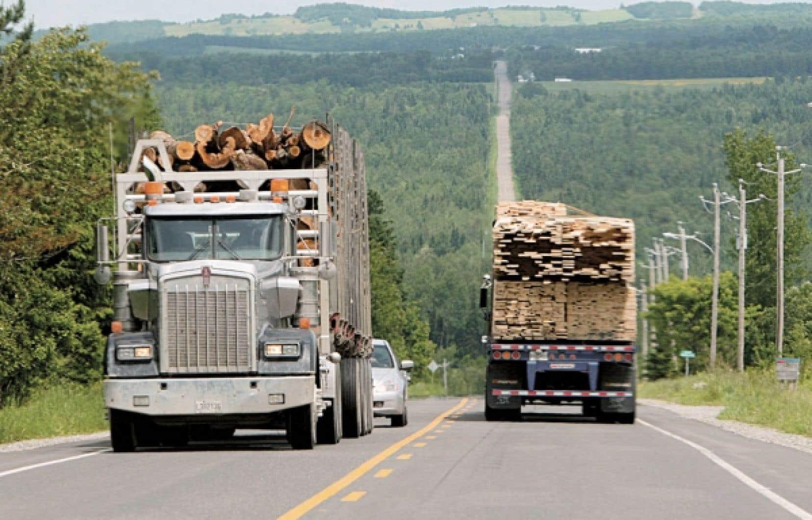 Les plus importantes compagnies forestières canadiennes et les groupes écologistes les plus critiques auraient conclu une entente sur la gestion de la forêt boréale. L'entente devrait être rendue publique aujourd'hui.