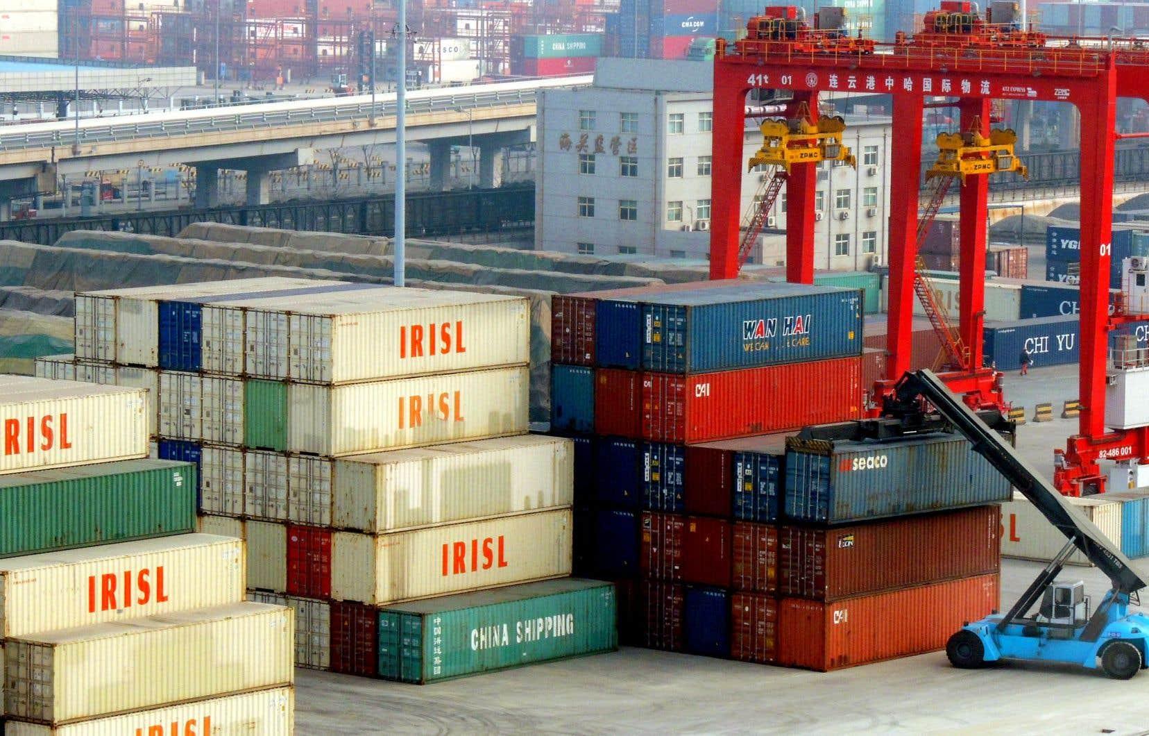 Les exportations chinoises ont été dopées par des producteurs qui se sont empressés de commander avant l'entrée en vigueur des tarifs.