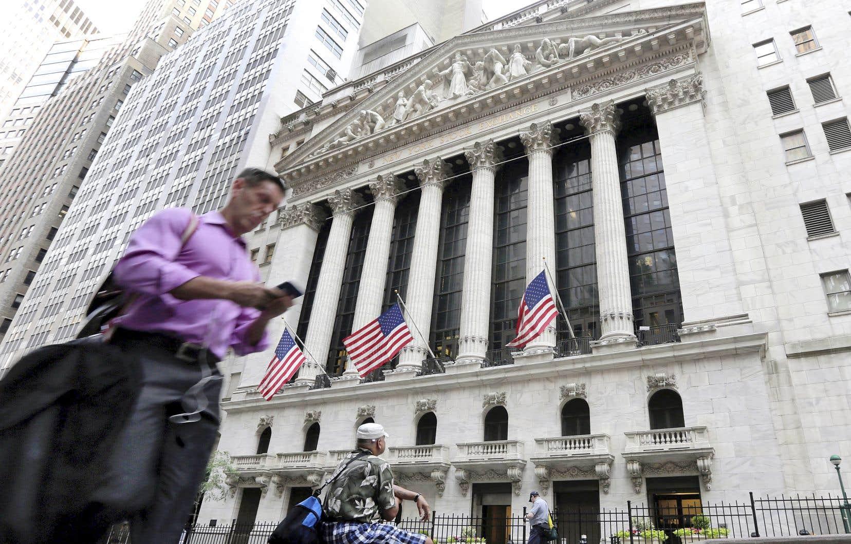 Sur la semaine, les trois indices américains ont terminé en forte baisse.